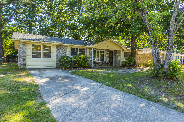 7743 Jadewood Drive North Charleston, SC 29418