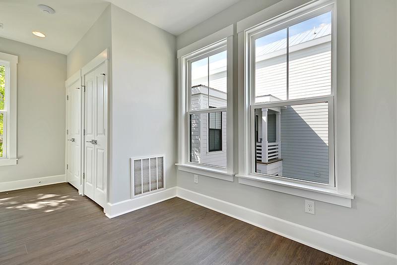 Sullivans Pointe Homes For Sale - 992 Key Colony, Mount Pleasant, SC - 2