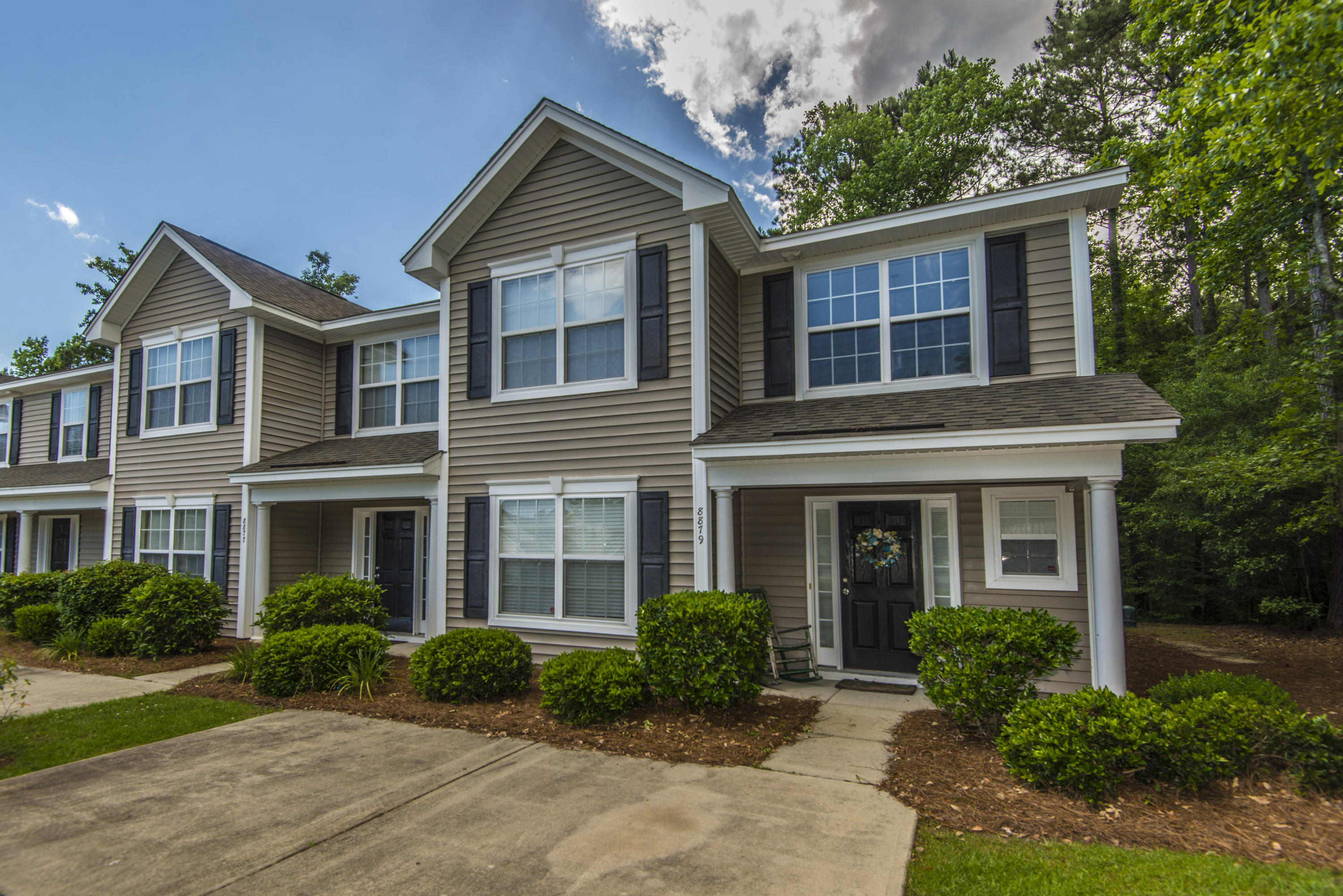 8879 Jenny Lind Street North Charleston, SC 29406