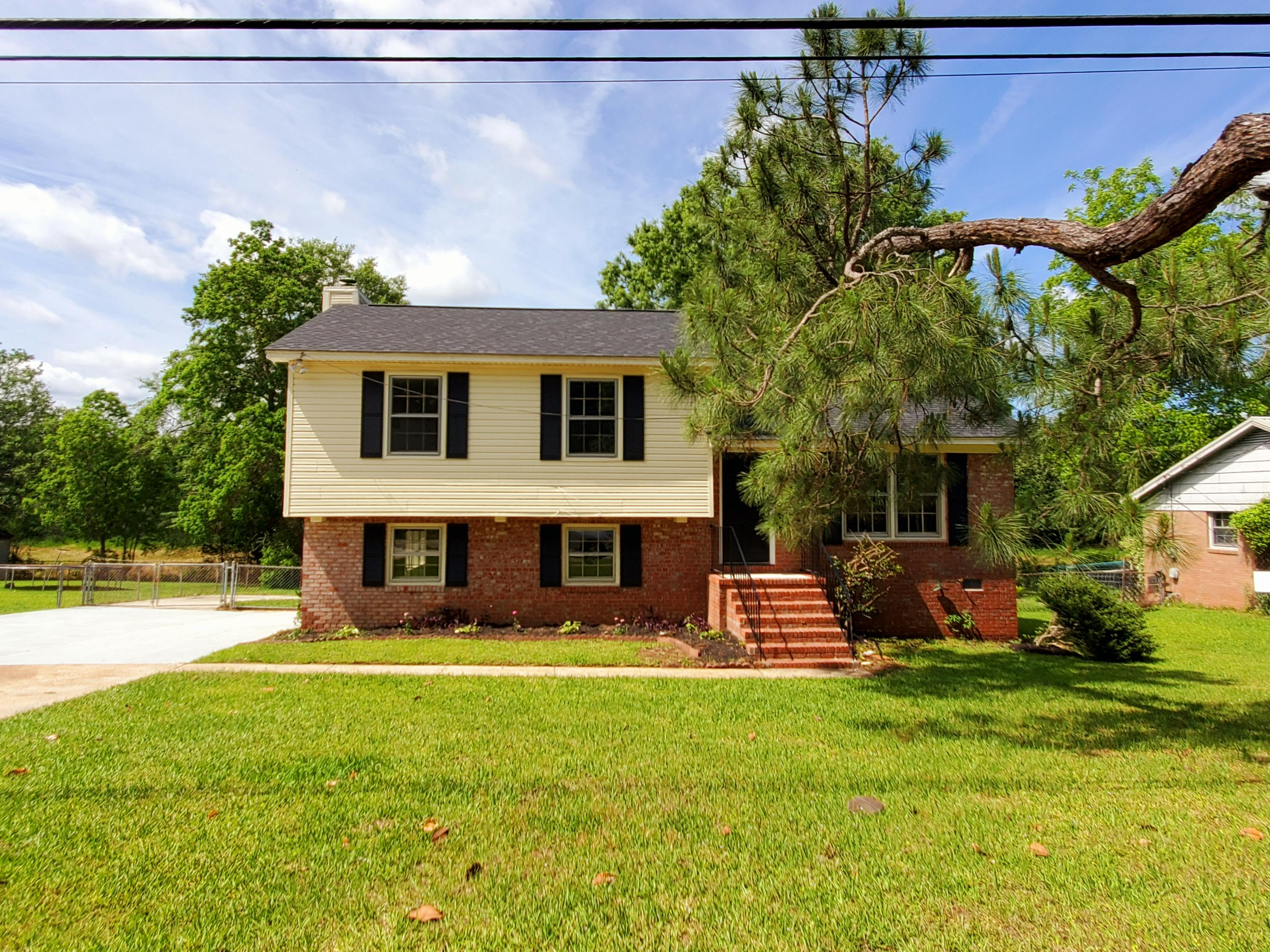 7571 Peppercorn Lane North Charleston, SC 29420