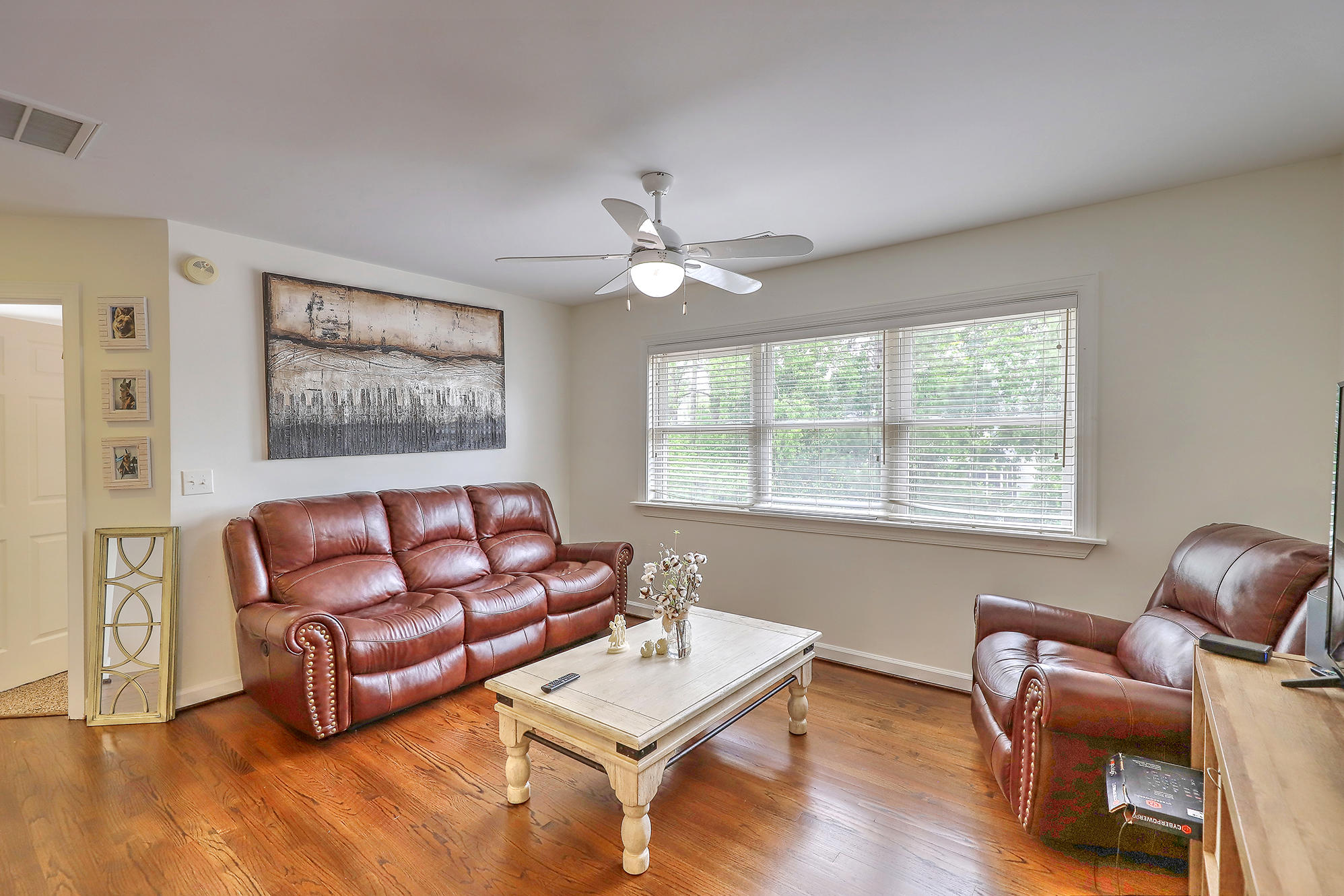 Horlbeck Creek Homes For Sale - 1339 River Otter, Mount Pleasant, SC - 3