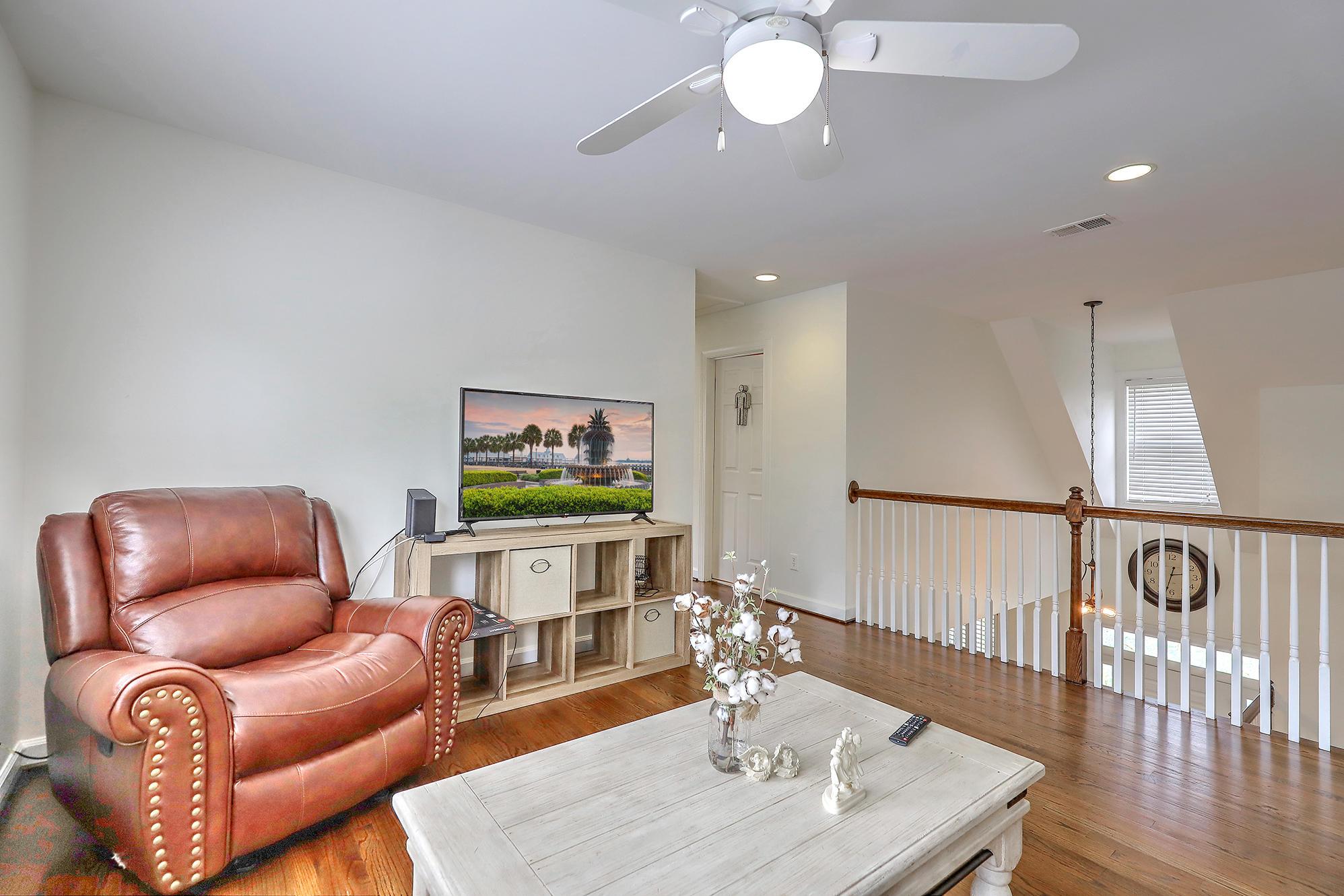 Horlbeck Creek Homes For Sale - 1339 River Otter, Mount Pleasant, SC - 2