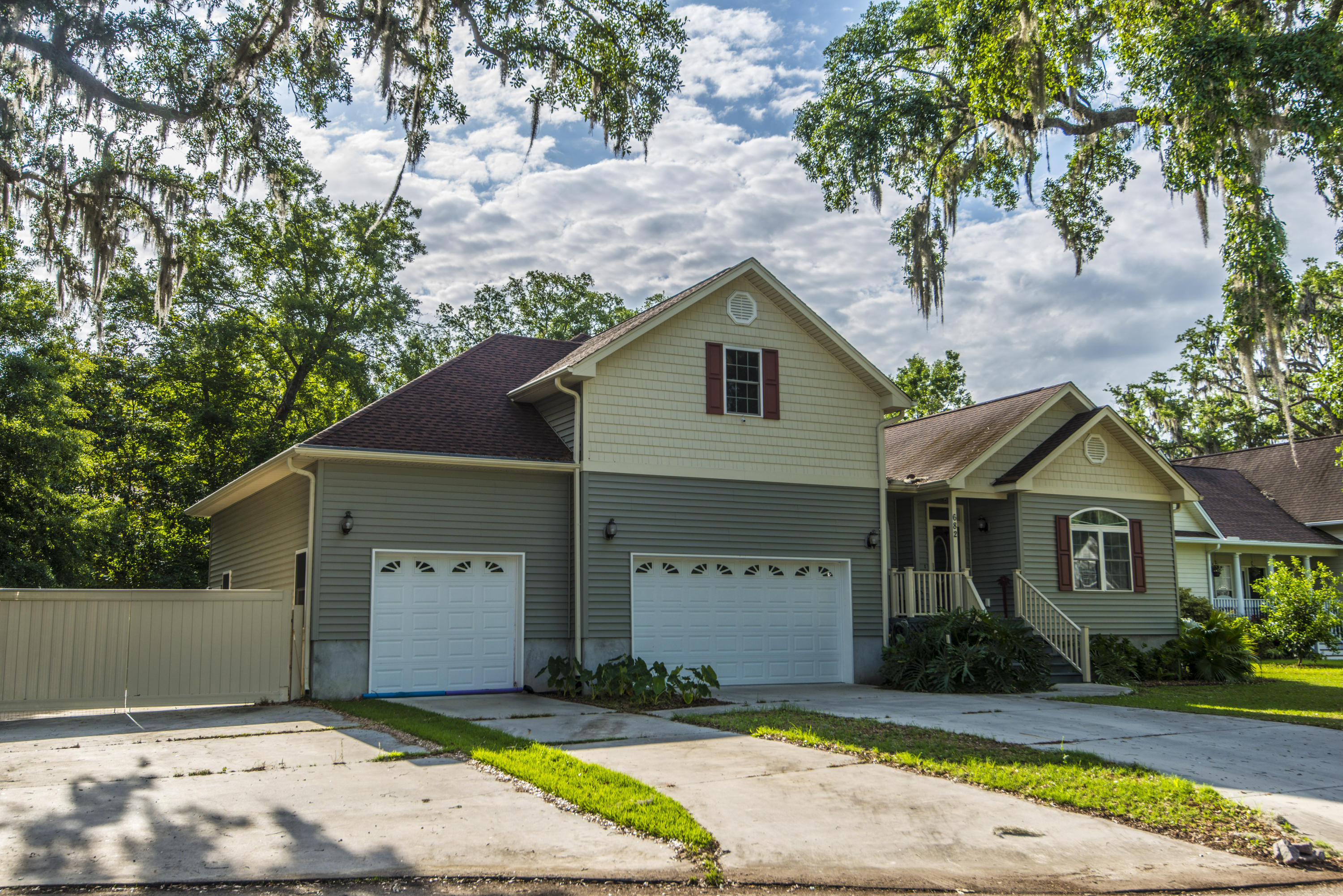 682 Edentree Place Charleston, SC 29412