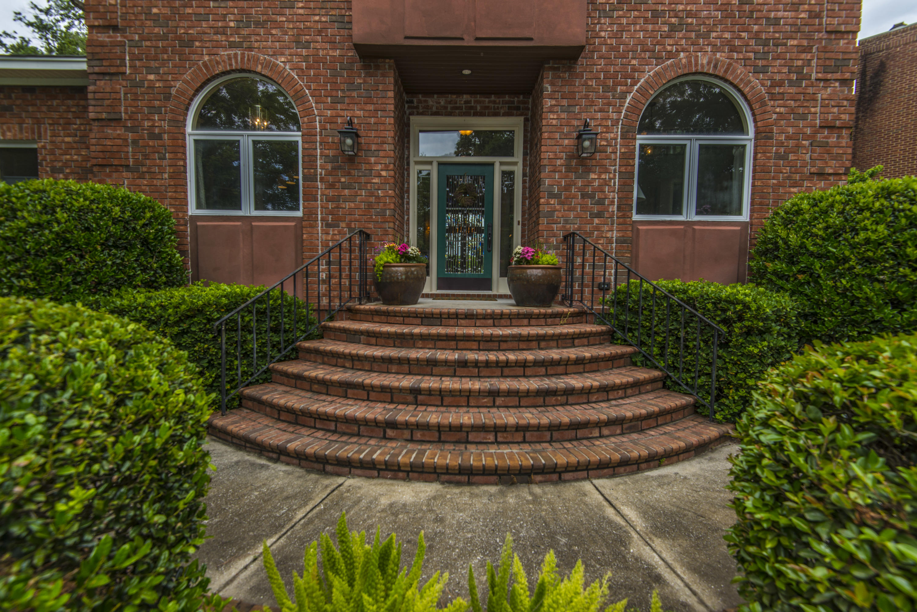 Stiles Point Plantation Homes For Sale - 921 Cotton House, Charleston, SC - 1
