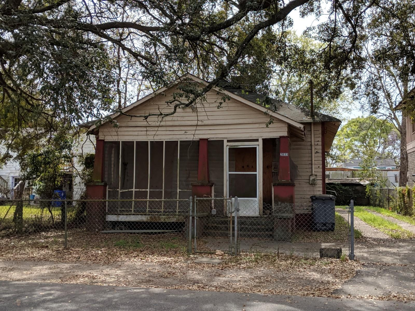 2033 Hampton Avenue North Charleston, SC 29405