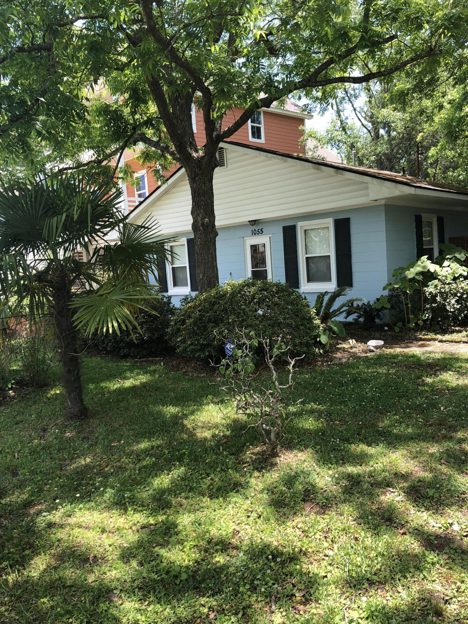 1055 Glenshaw Street North Charleston, SC 29405