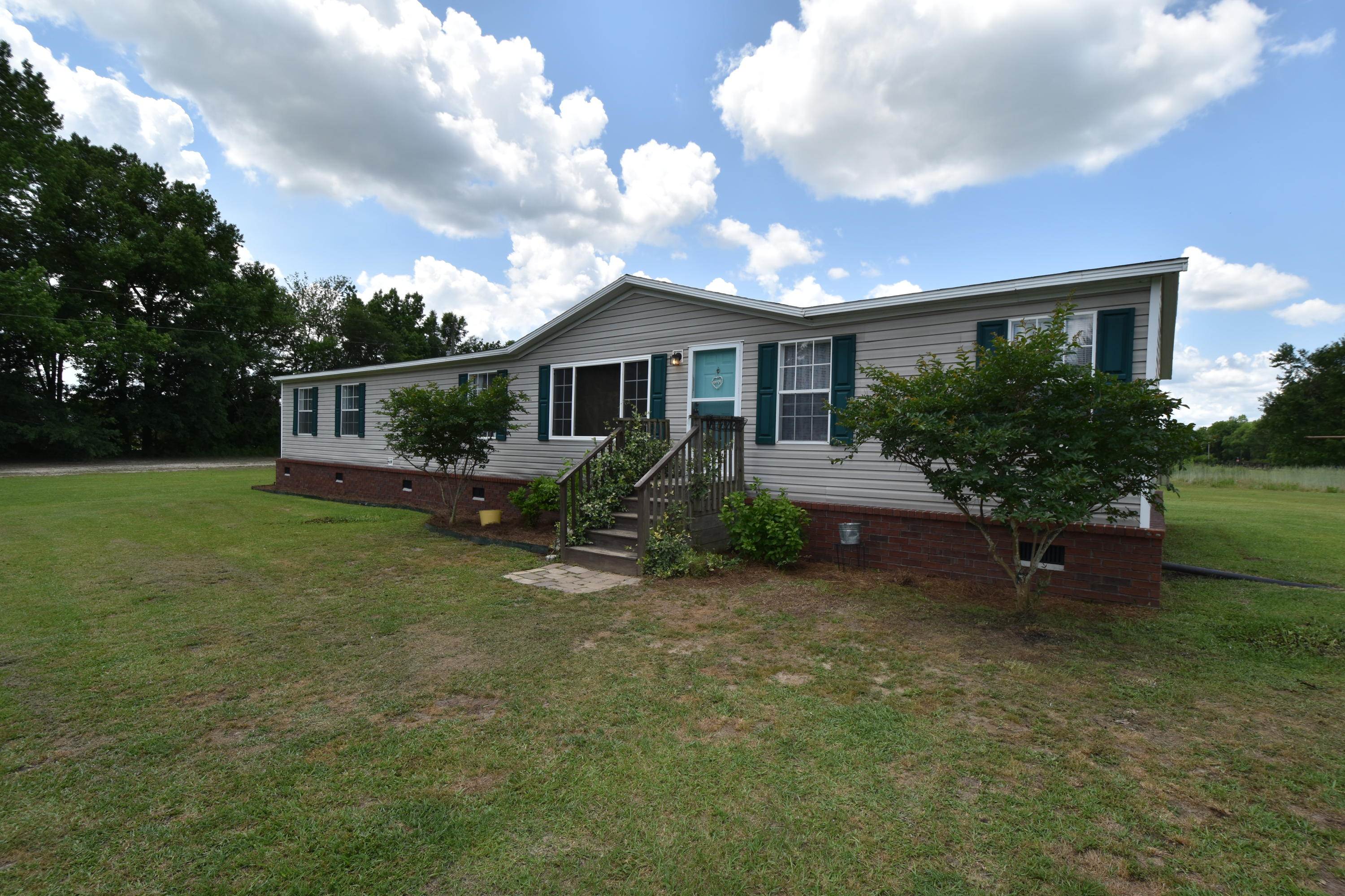 169 Trudy Lane Saint George, SC 29477