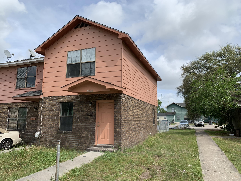 5028 Durant Avenue North Charleston, SC 29405