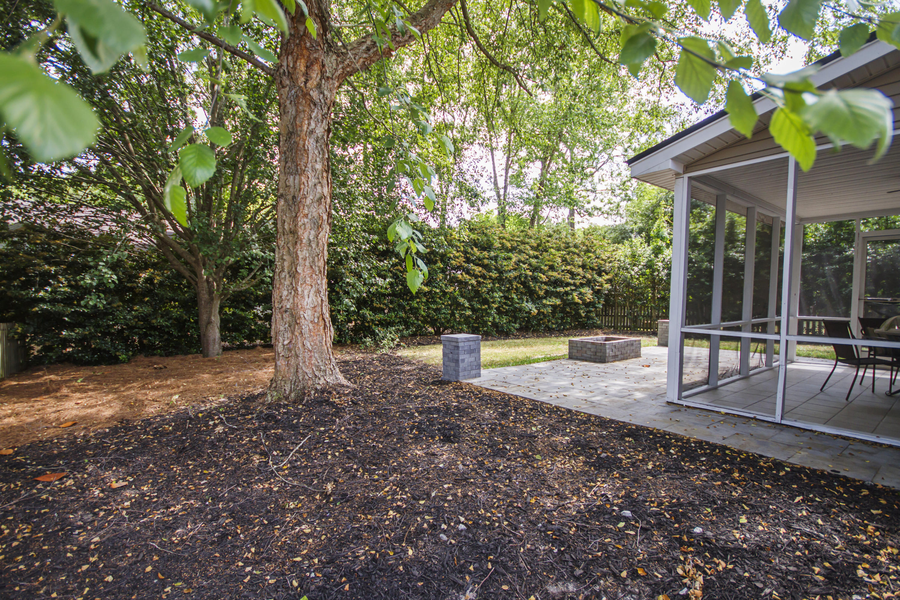 175 Revolution Drive Mount Pleasant, SC 29464