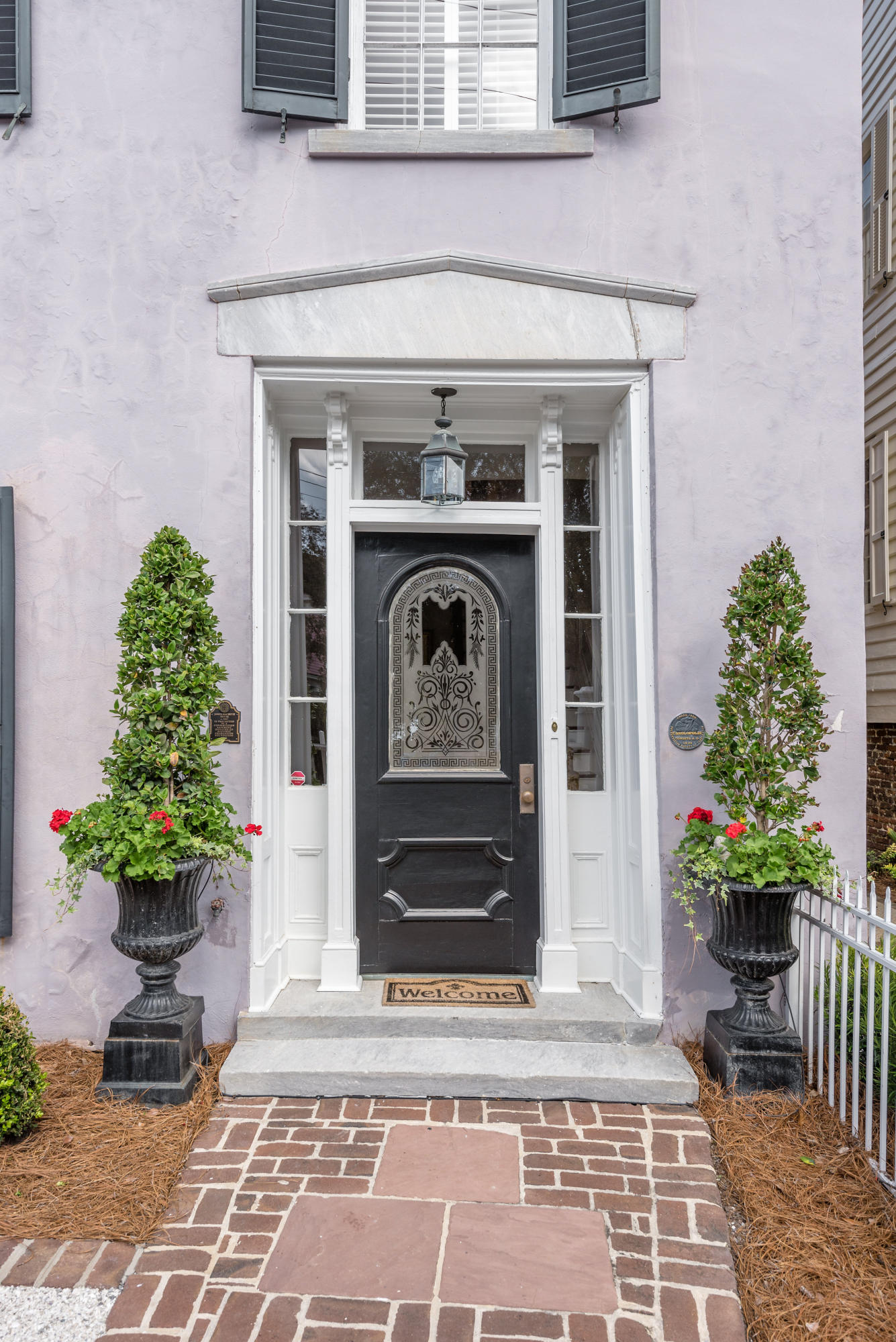 48 S South Battery Charleston, SC 29401