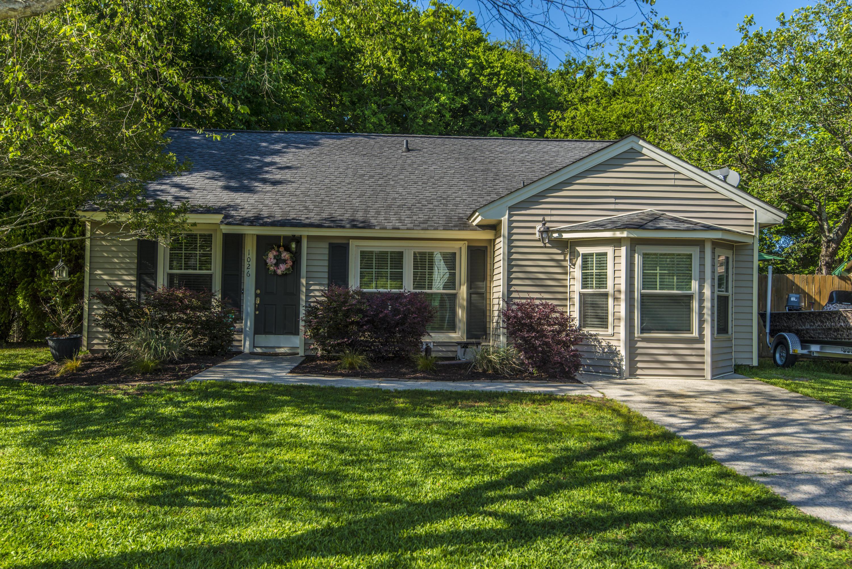 1026 Oakcrest Drive Charleston, SC 29412