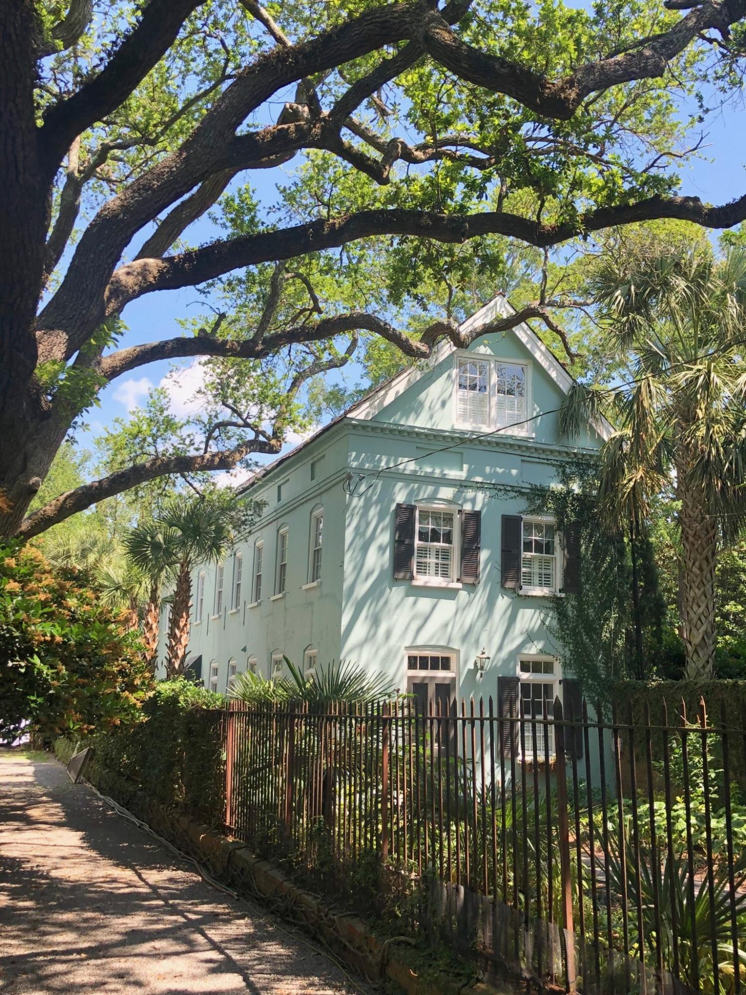 4 Gibbes Street Charleston, SC 29401