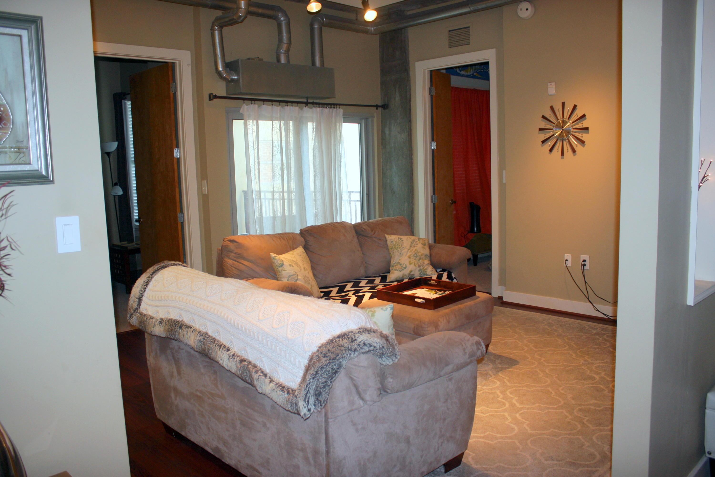 Bee Street Lofts Homes For Sale - 150 Bee, Charleston, SC - 4