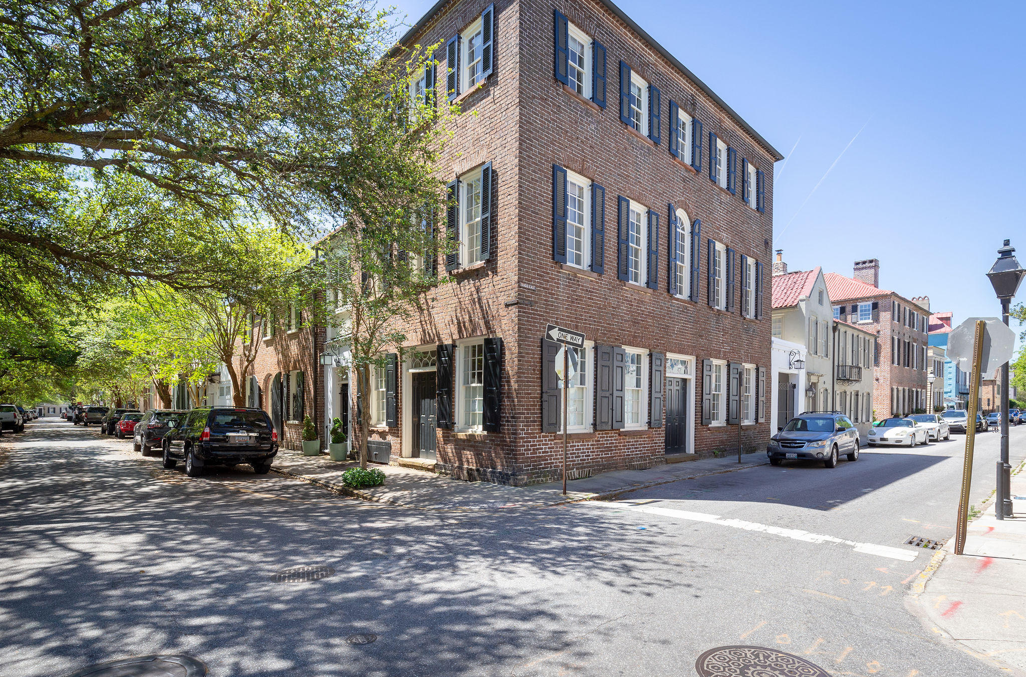 75-77 Church Street Charleston, SC 29401