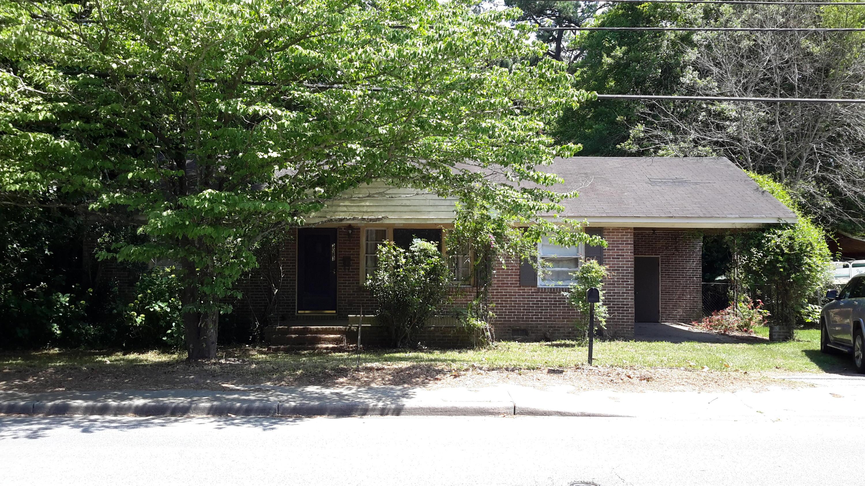 2083 Maybank Highway Charleston, SC 29412