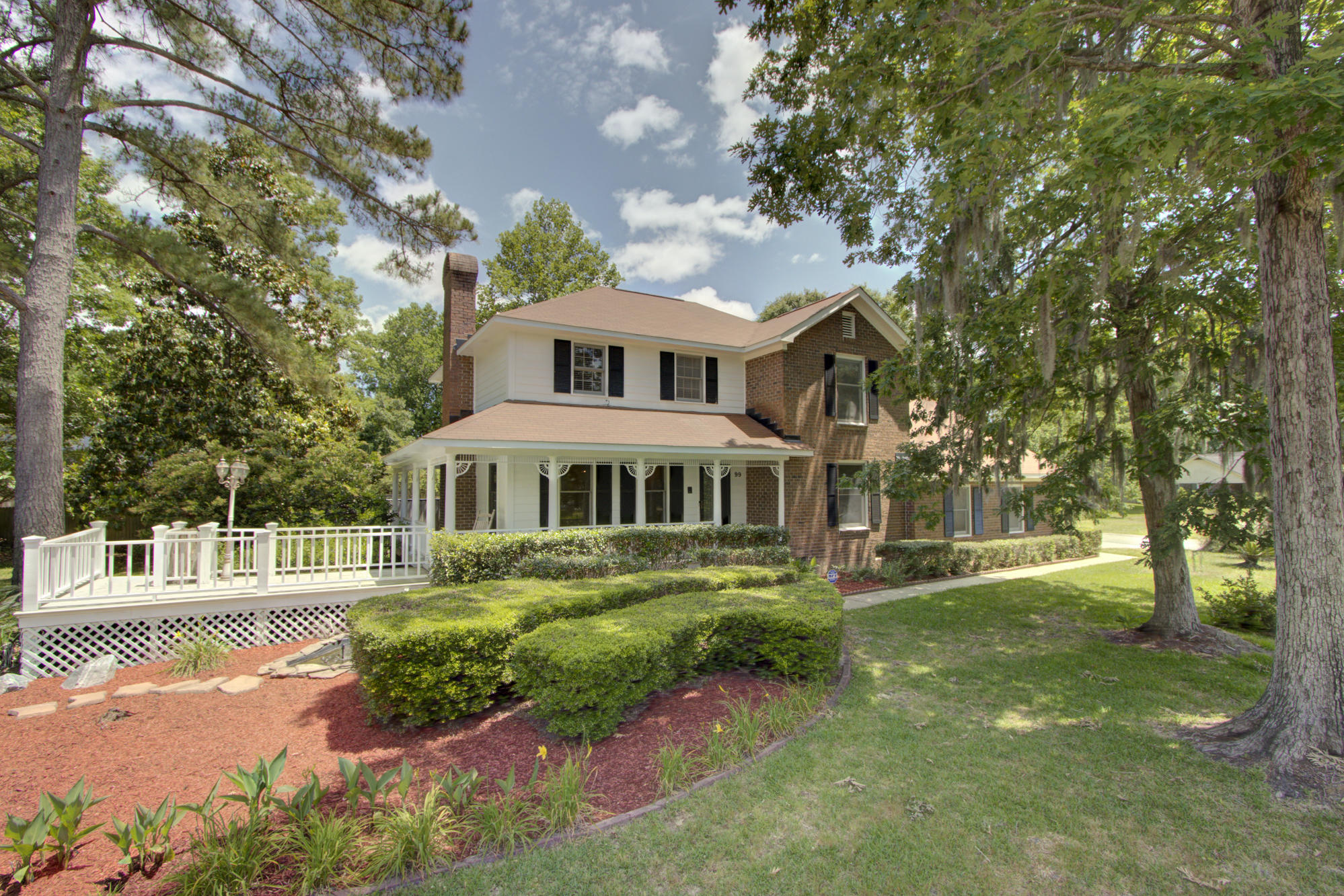99 Nightingale Manor North Charleston, SC 29418