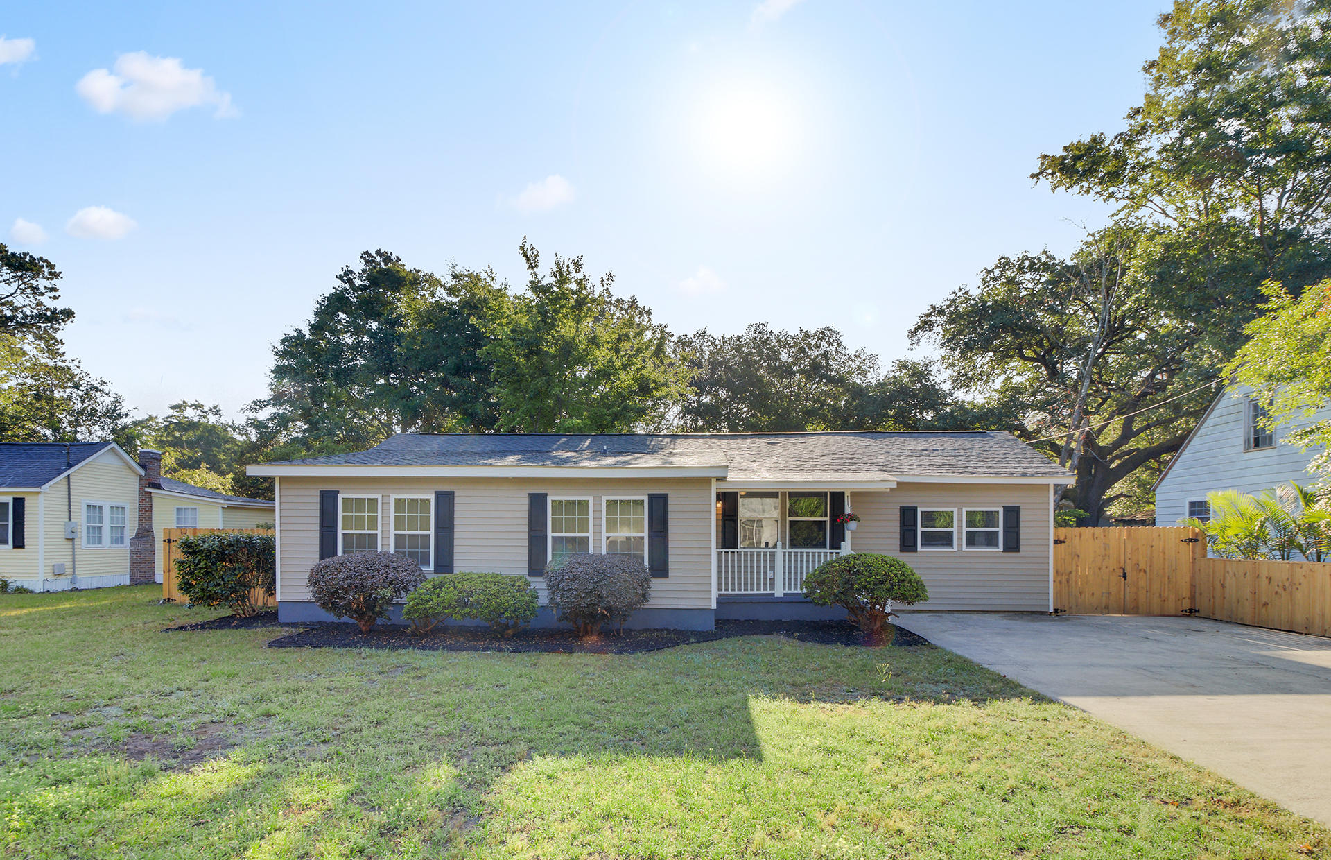 5730 Allison Avenue Hanahan, SC 29410