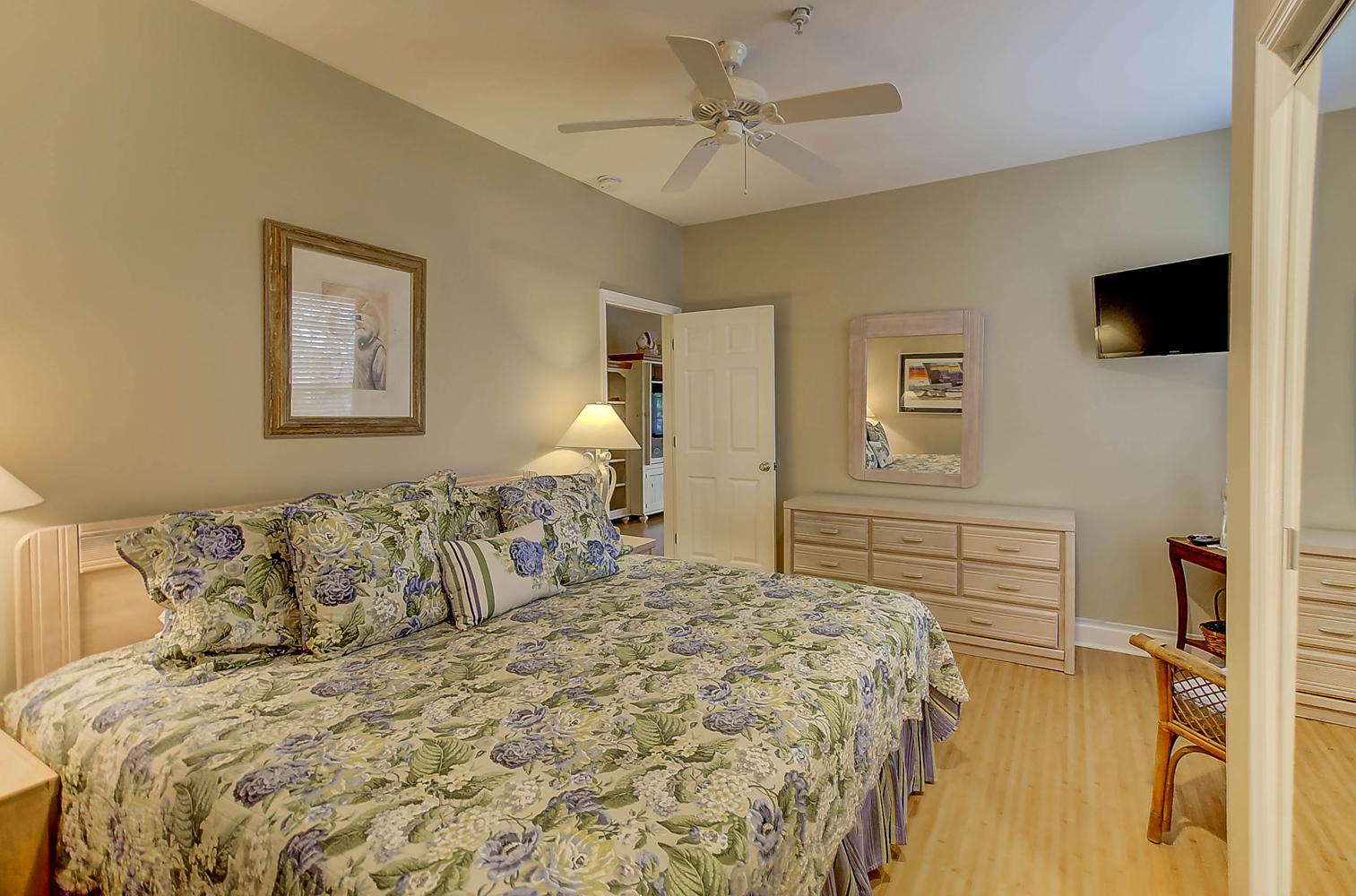 Beachwalker Villas Homes For Sale - 108 Ashley, Folly Beach, SC - 9