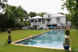 Property for sale at 2862 Jasper Boulevard, Sullivans Island,  South Carolina 29482
