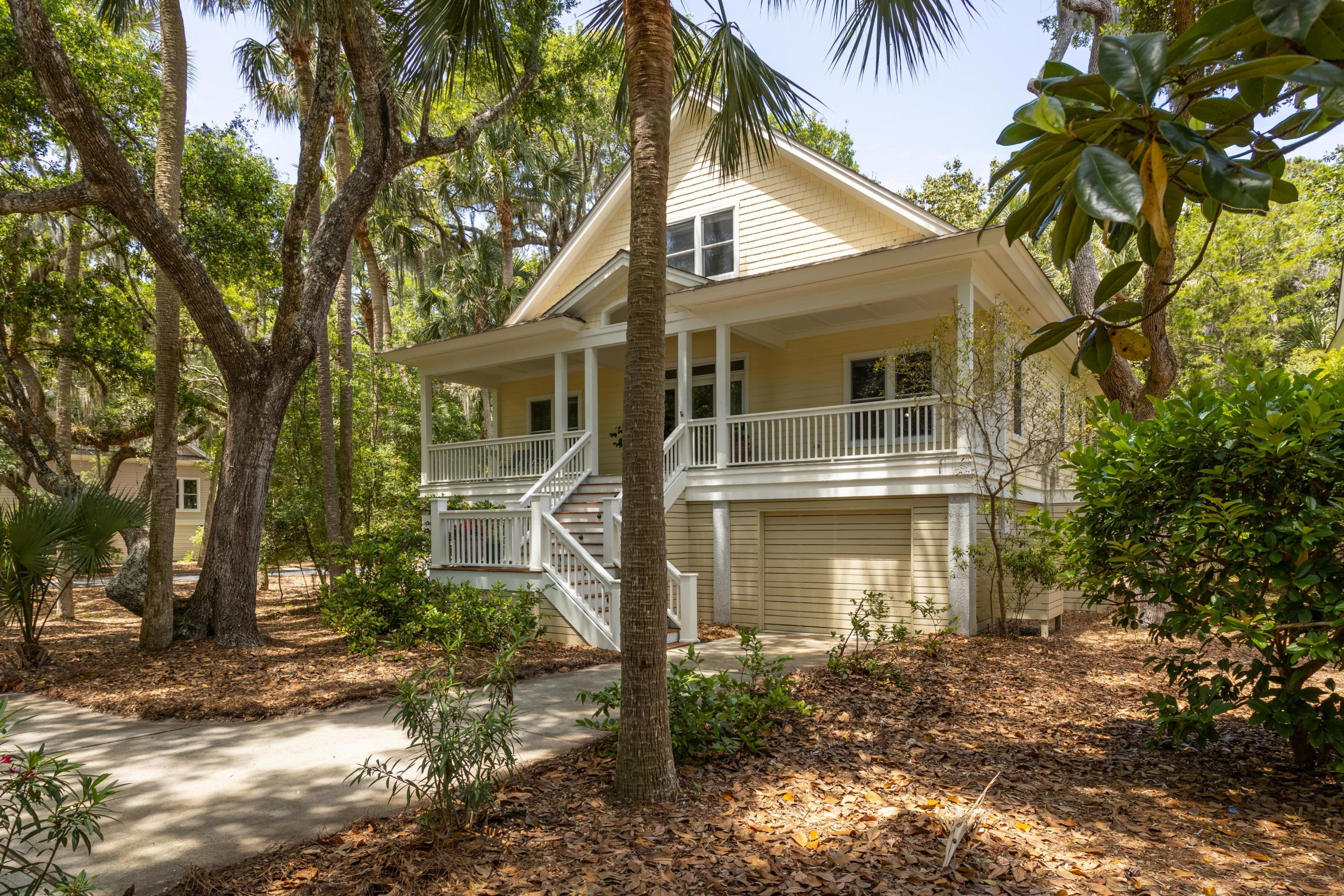 1014 Crooked Oaks Lane Seabrook Island, SC 29455