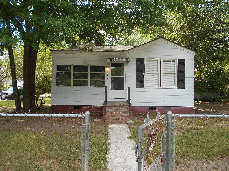 2628 Stark Lane North Charleston, SC 29405