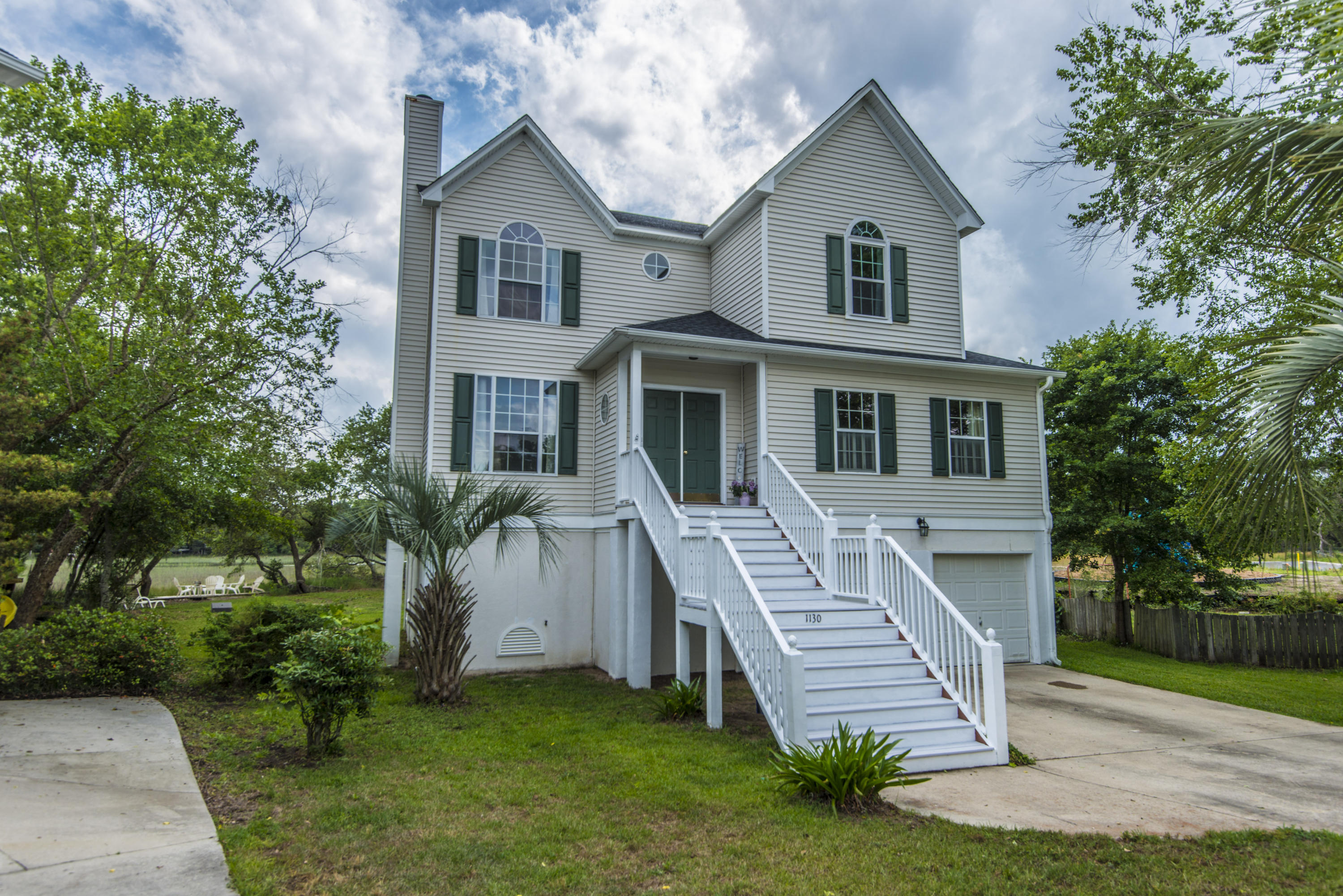 1130 Wayfarer Lane Charleston, SC 29412