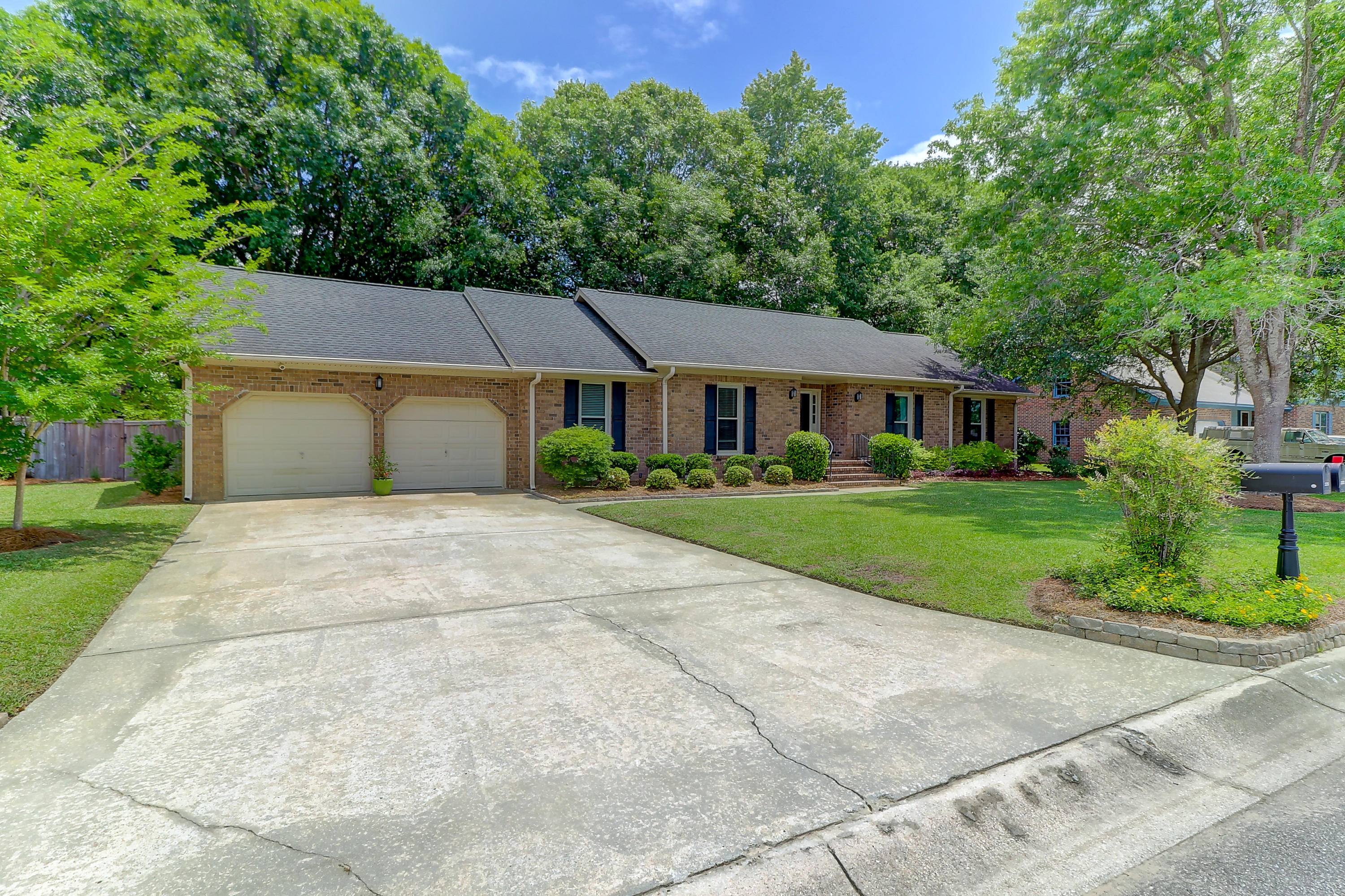 2235 Dawn Hill Drive Charleston, Sc 29414