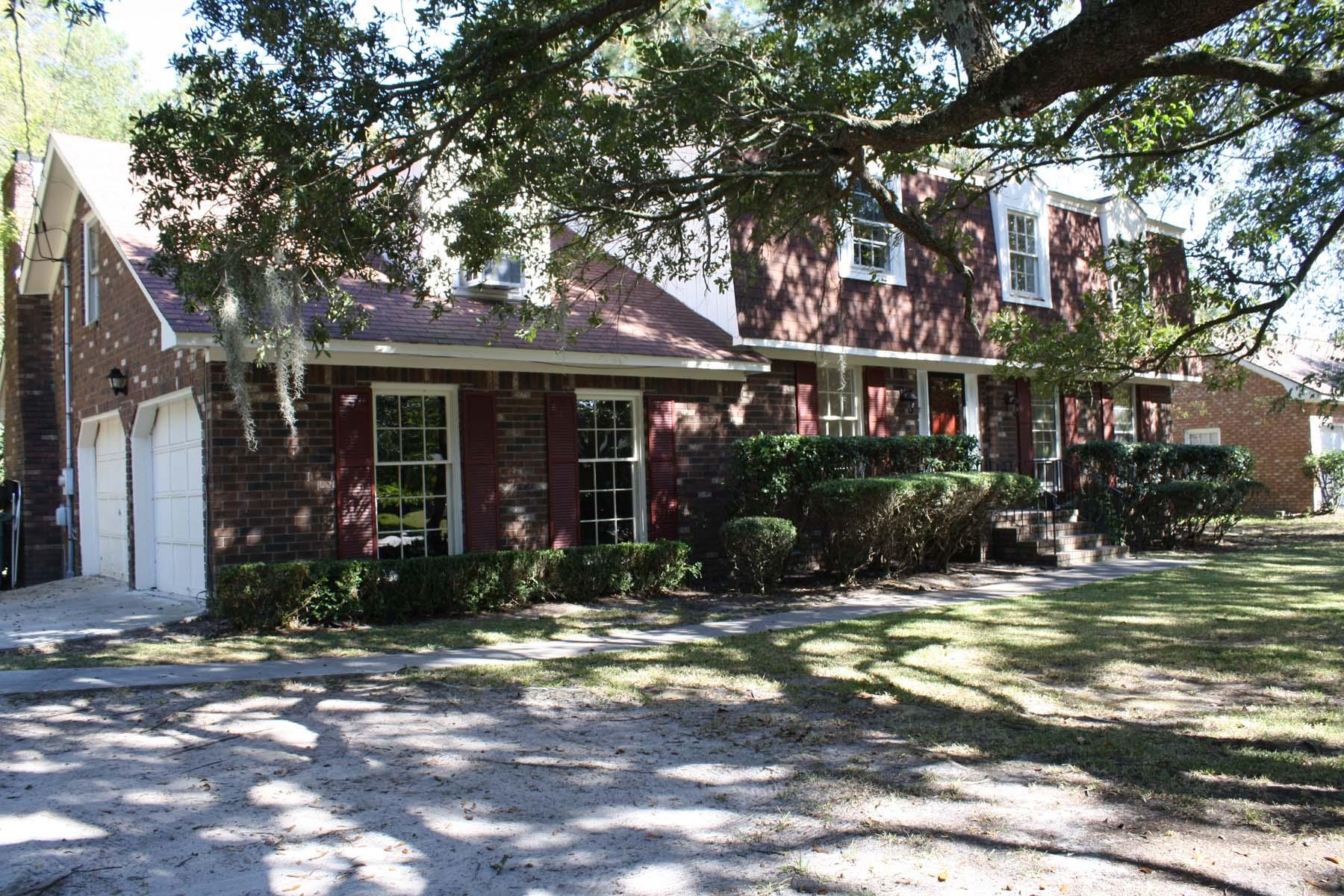 388 Betsy Road Charleston, SC 29407