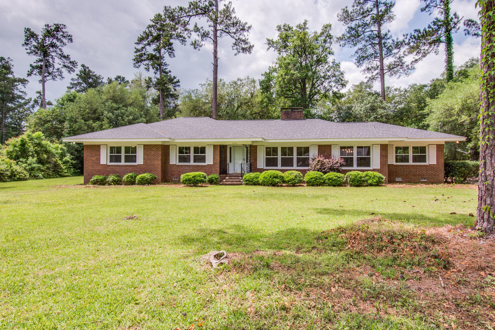 1333 Dogwood Lane Holly Hill, SC 29059