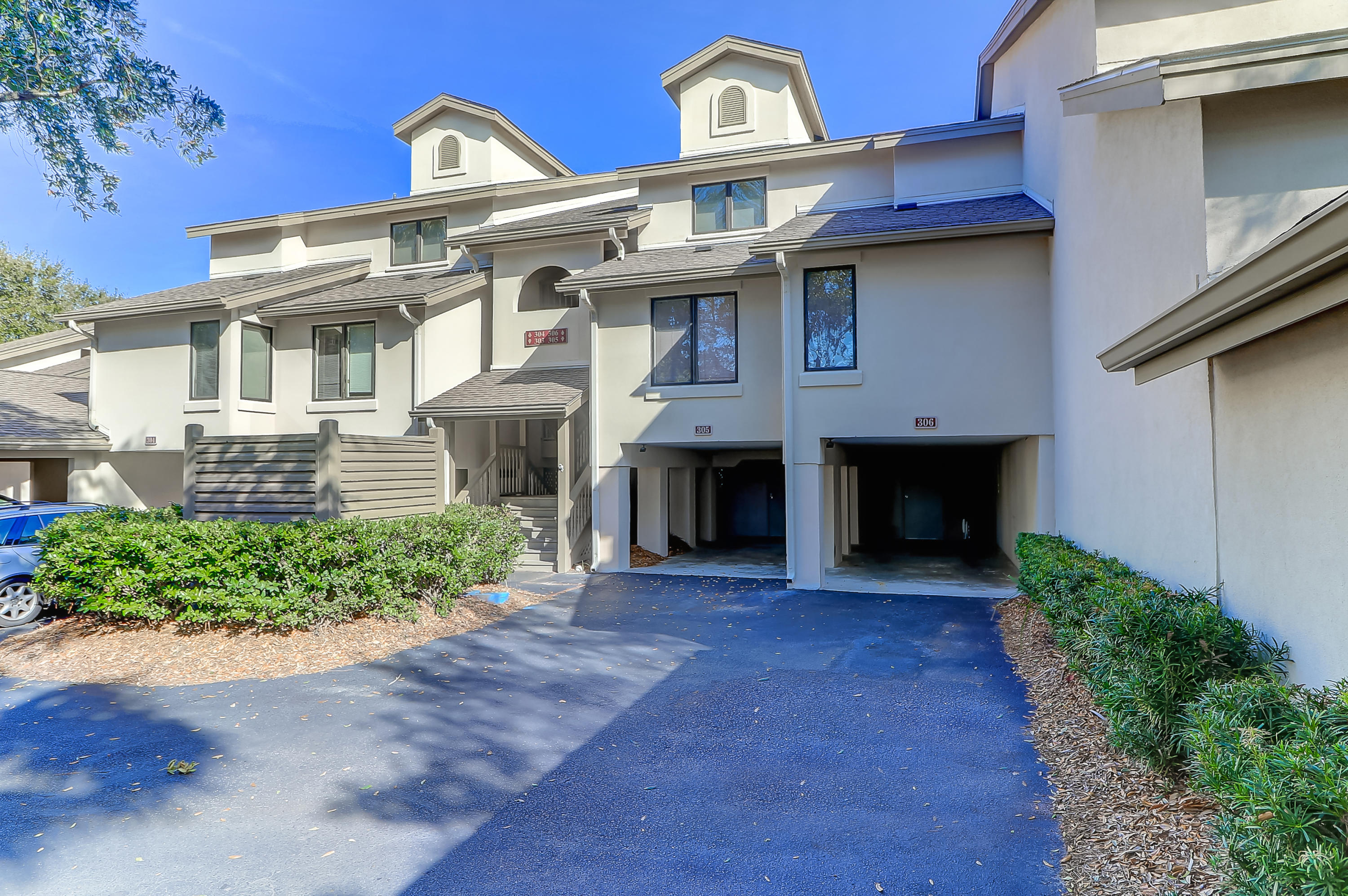 306 Yacht Harbor Court UNIT C Isle Of Palms, SC 29451