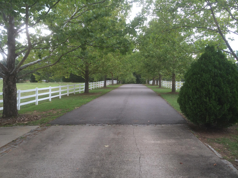 109 Friendfield Lane Greenwood, SC 29649