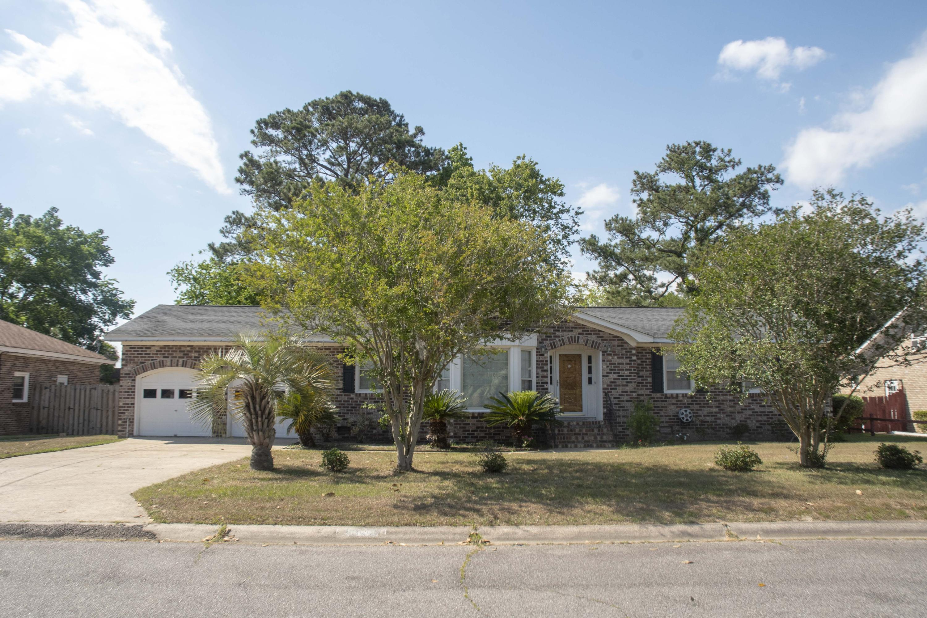 4342 Evanston Boulevard North Charleston, SC 29418