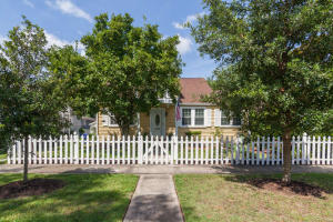 889 Ashley Avenue Charleston, SC 29403