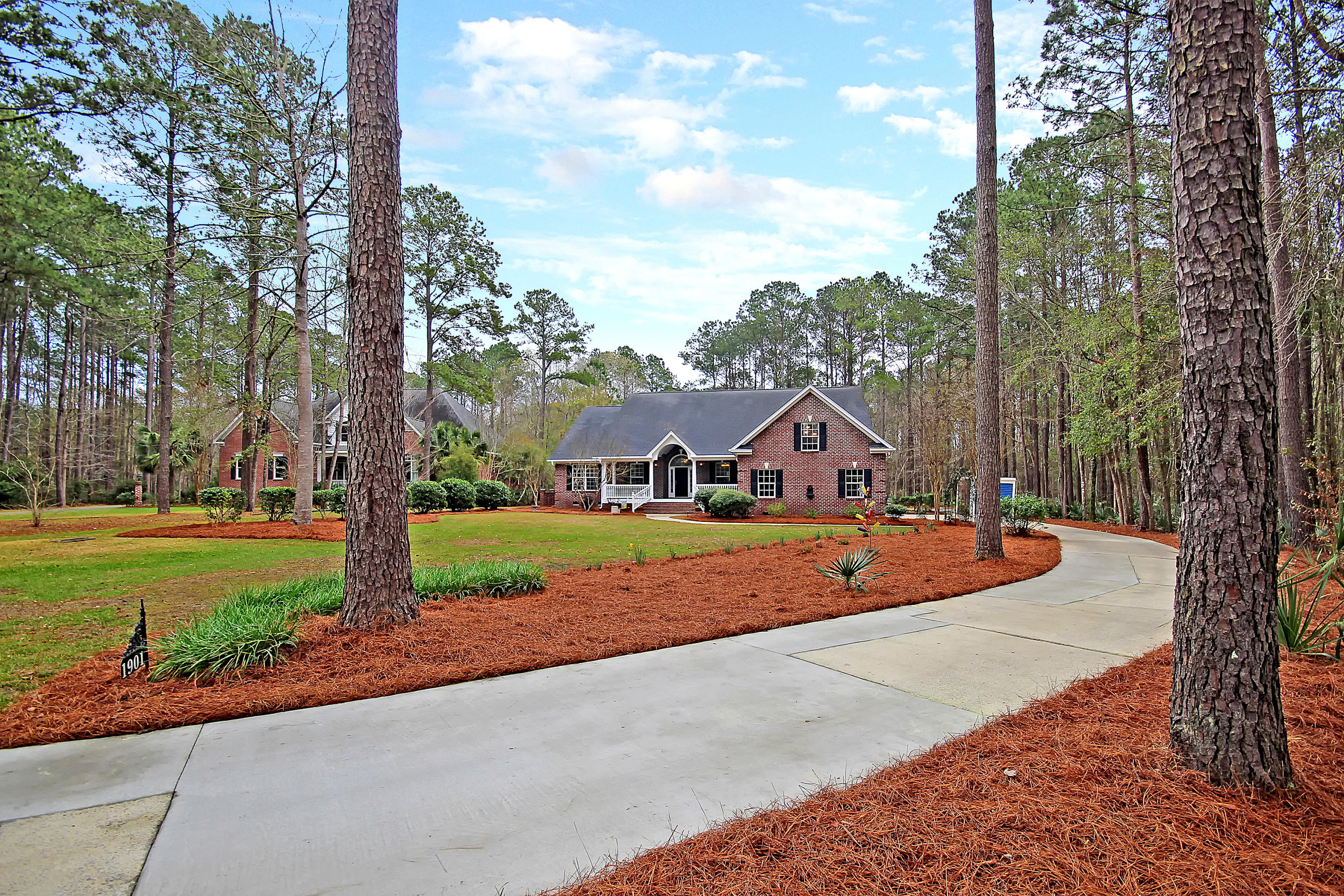 1901 Kiln Court Mount Pleasant, SC 29466