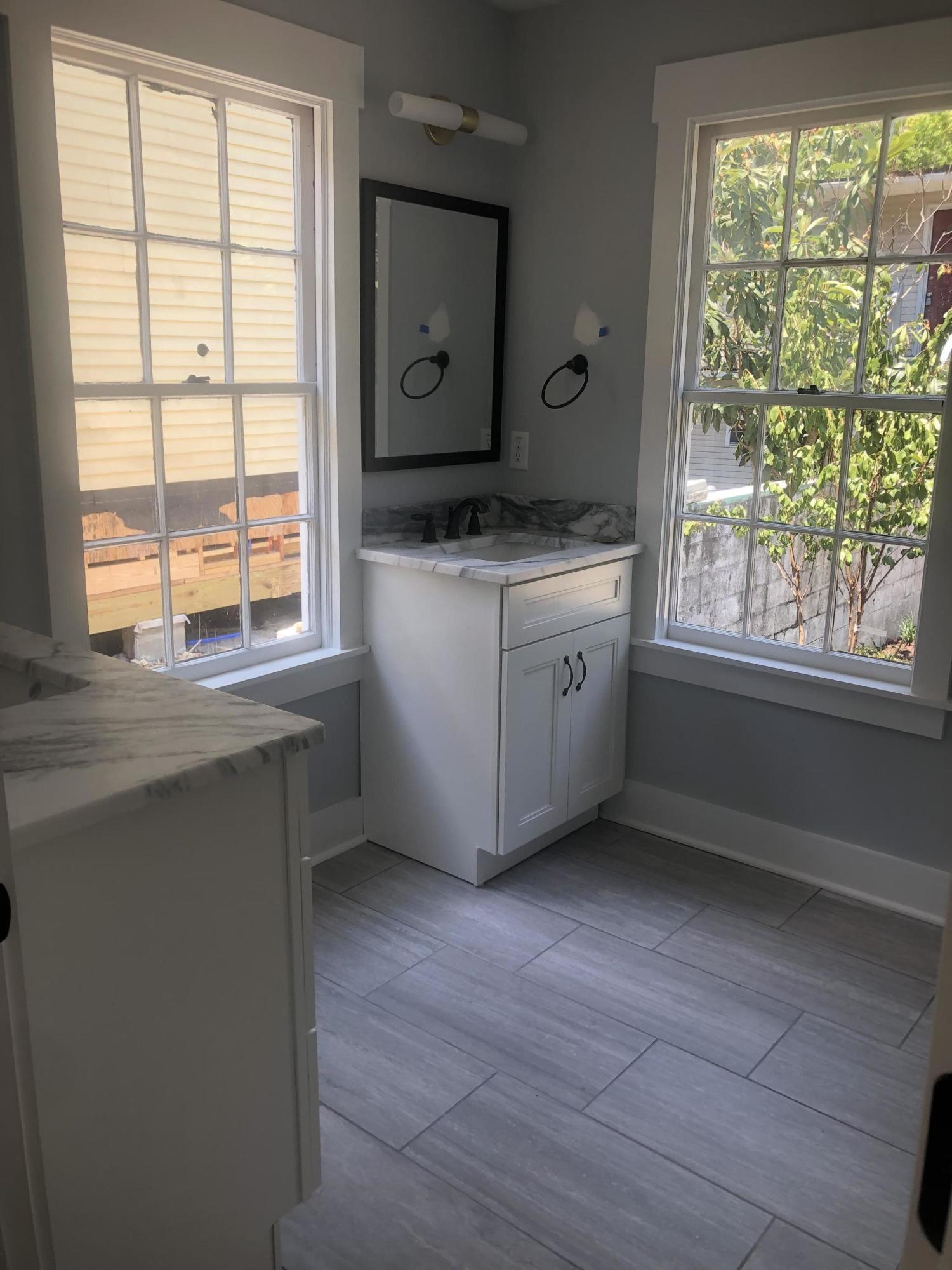 130 Romney Street Charleston, SC 29403