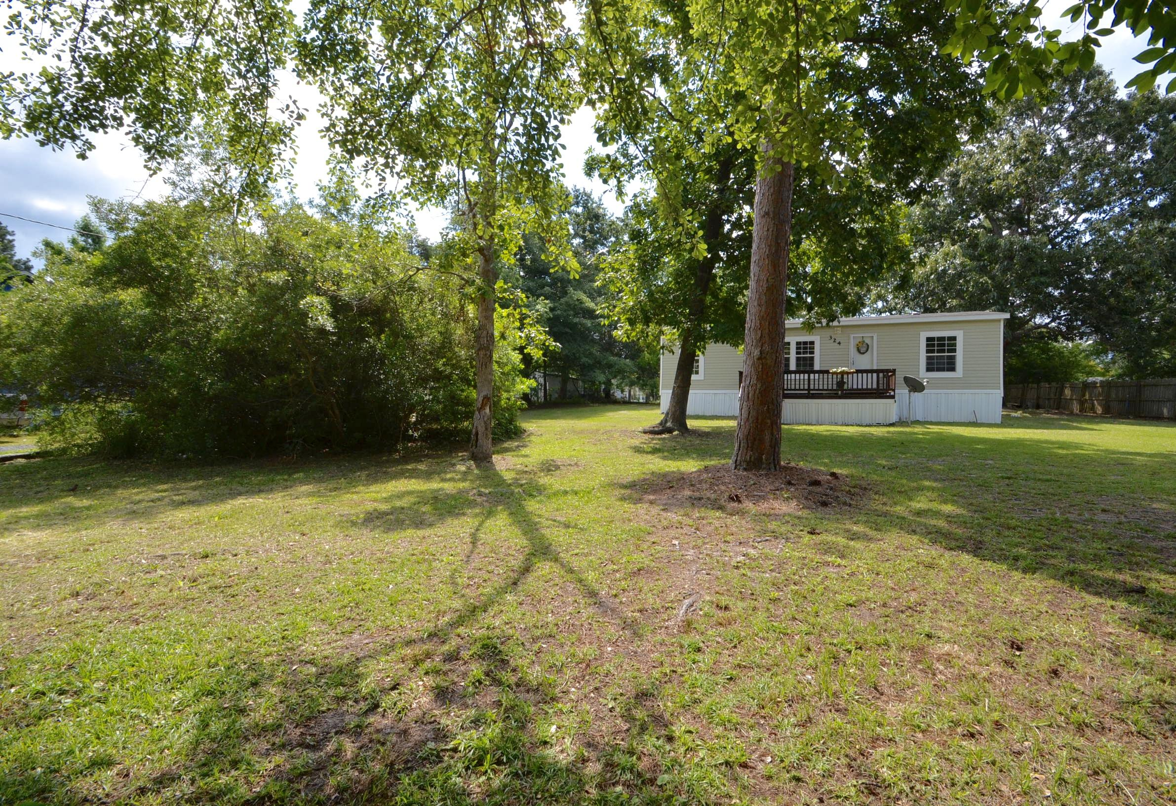 324 General Moultrie Drive Bonneau, Sc 29431