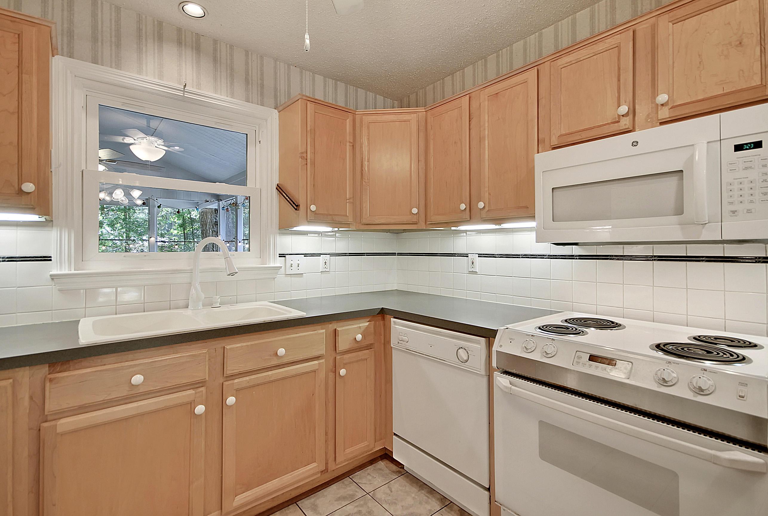 Parish Place Homes For Sale - 819 Abcaw, Mount Pleasant, SC - 3