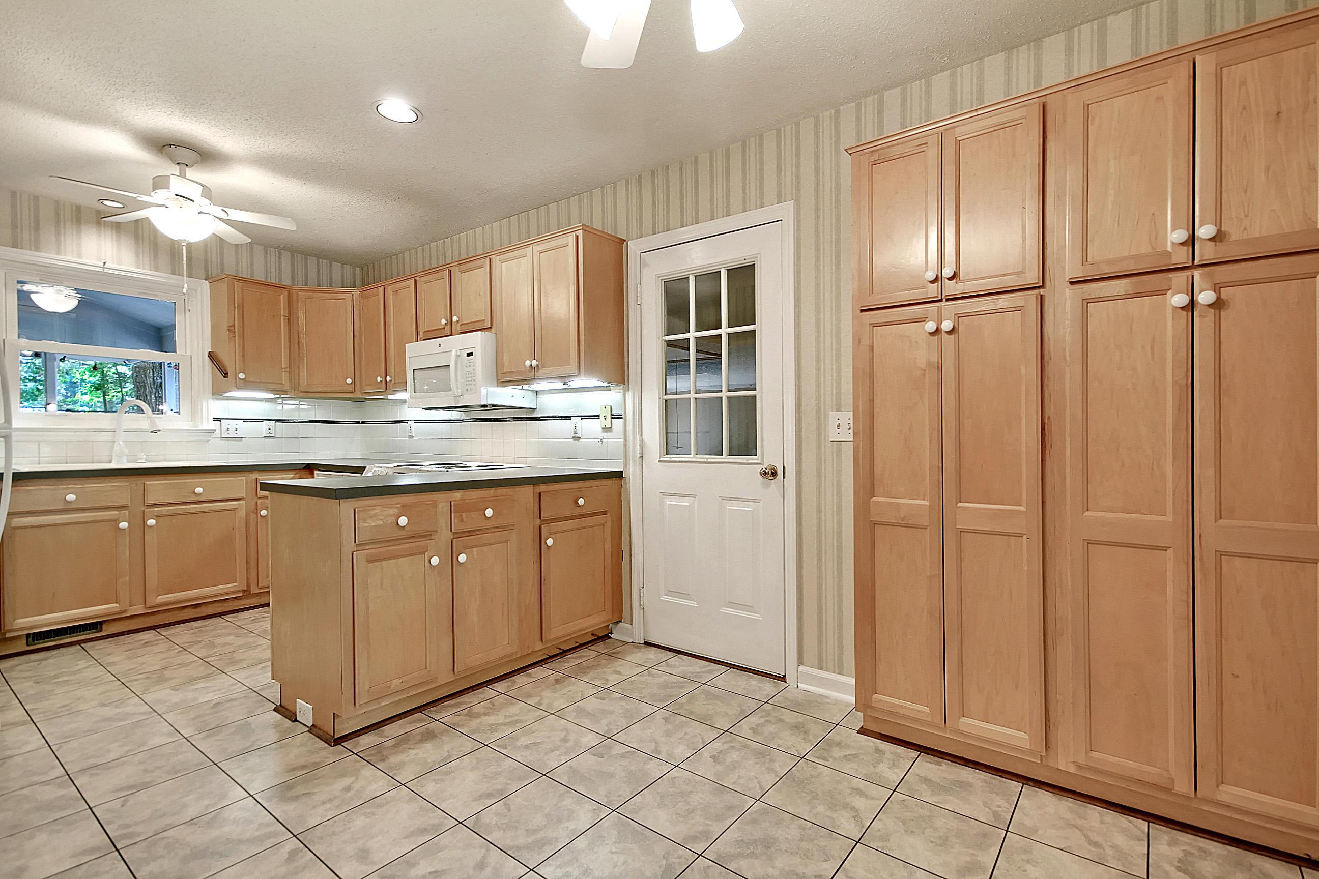 Parish Place Homes For Sale - 819 Abcaw, Mount Pleasant, SC - 19