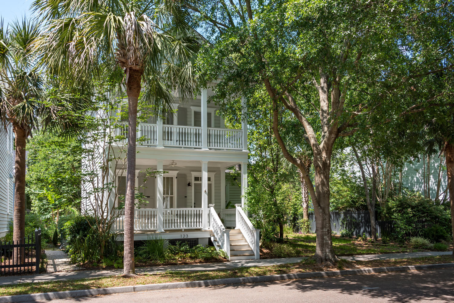 123 Civitas Street Mount Pleasant, SC 29464