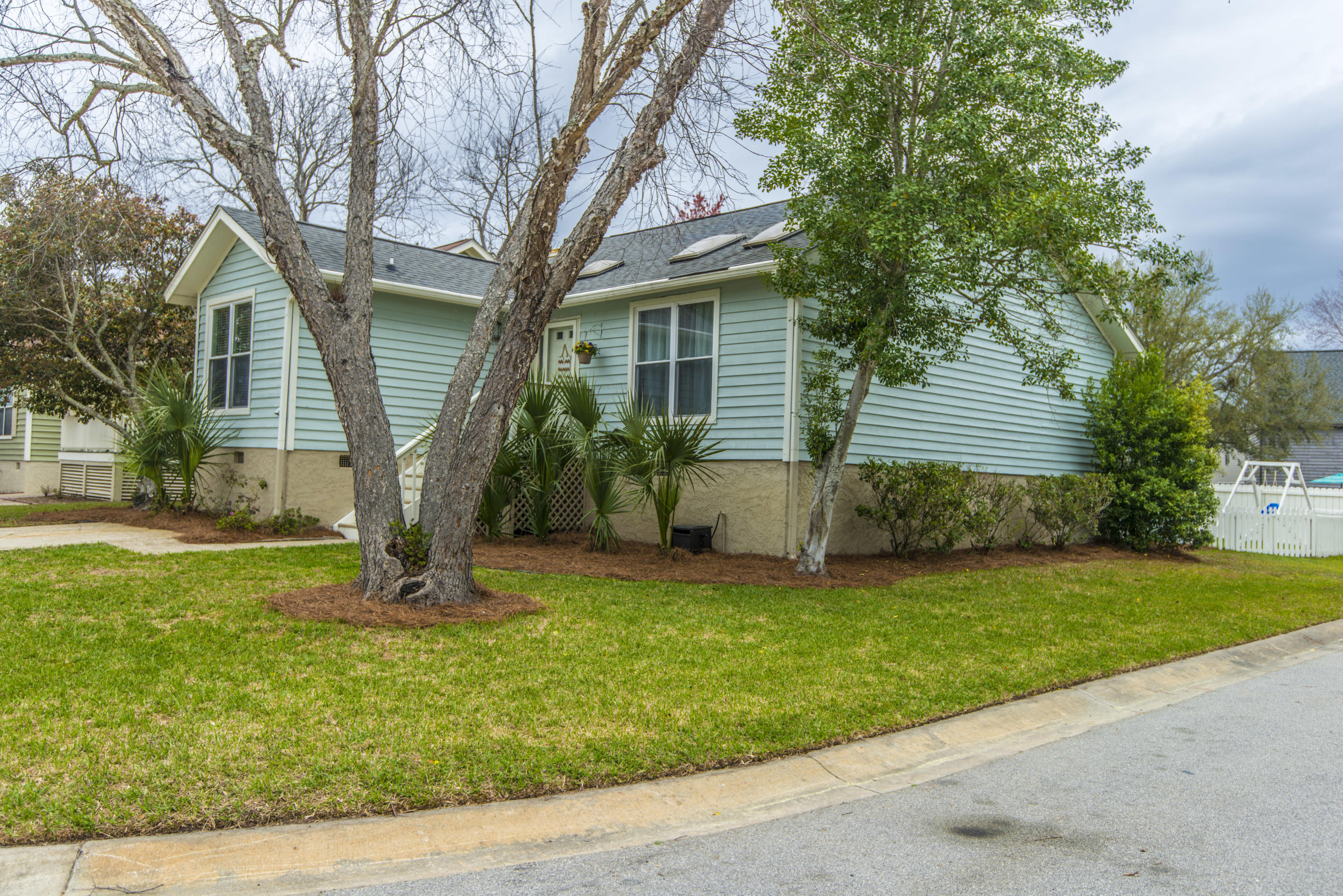Pirates Cove Homes For Sale - 1530 Privateer, Mount Pleasant, SC - 29