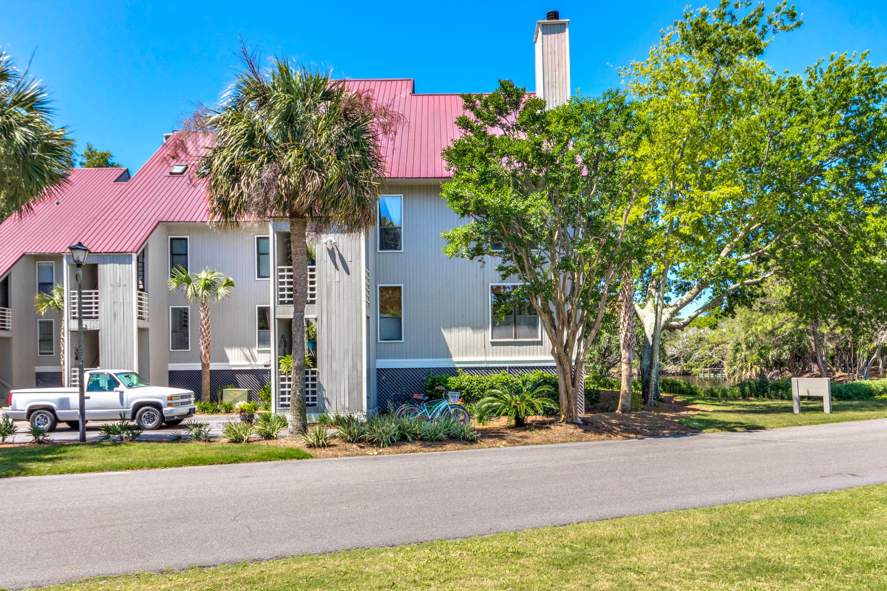 Mariners Cay Homes For Sale - 202 Mariners Cay, Folly Beach, SC - 30