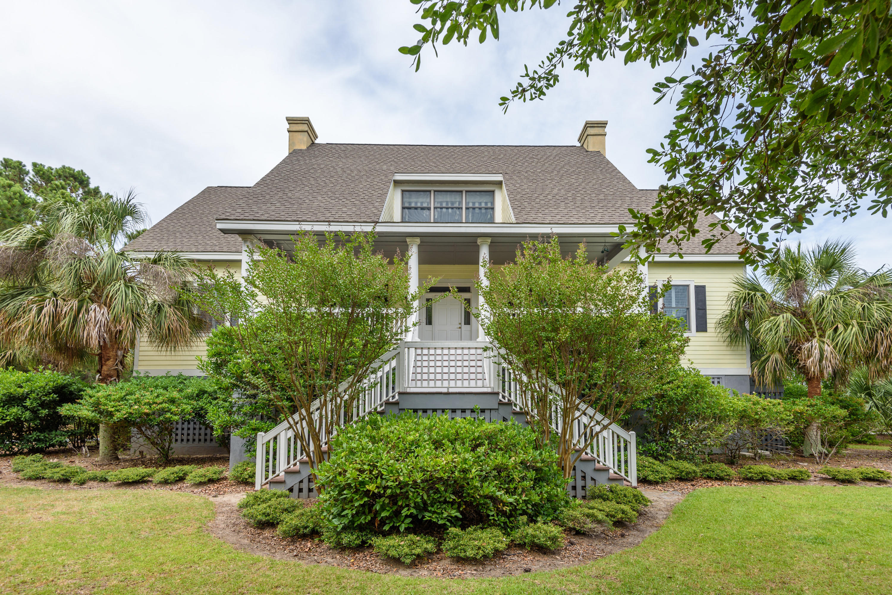 2624 Jenkins Point Road Johns Island, SC 29455