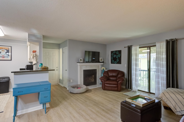 Hibben Ferry Homes For Sale - 1054 Anna Knapp, Mount Pleasant, SC - 21