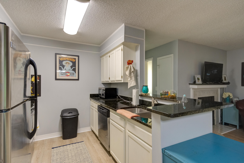 Hibben Ferry Homes For Sale - 1054 Anna Knapp, Mount Pleasant, SC - 18