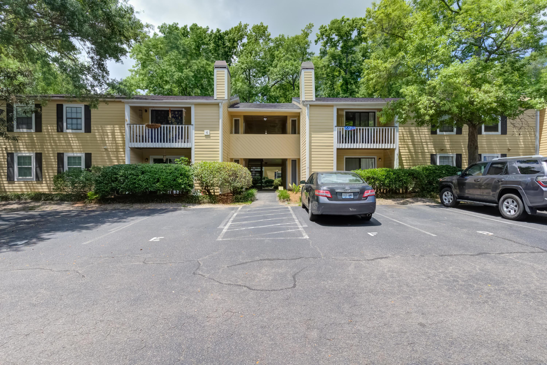 Hibben Ferry Homes For Sale - 1054 Anna Knapp, Mount Pleasant, SC - 2
