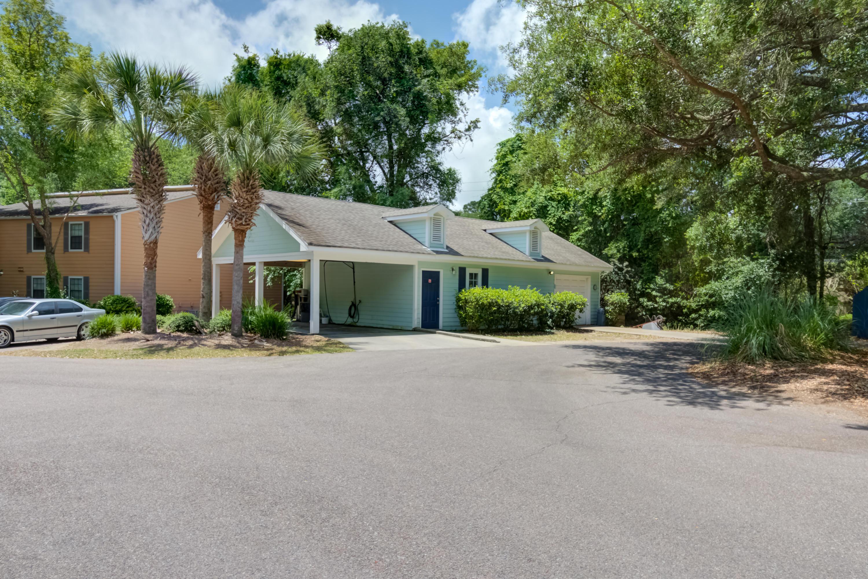 Hibben Ferry Homes For Sale - 1054 Anna Knapp, Mount Pleasant, SC - 10