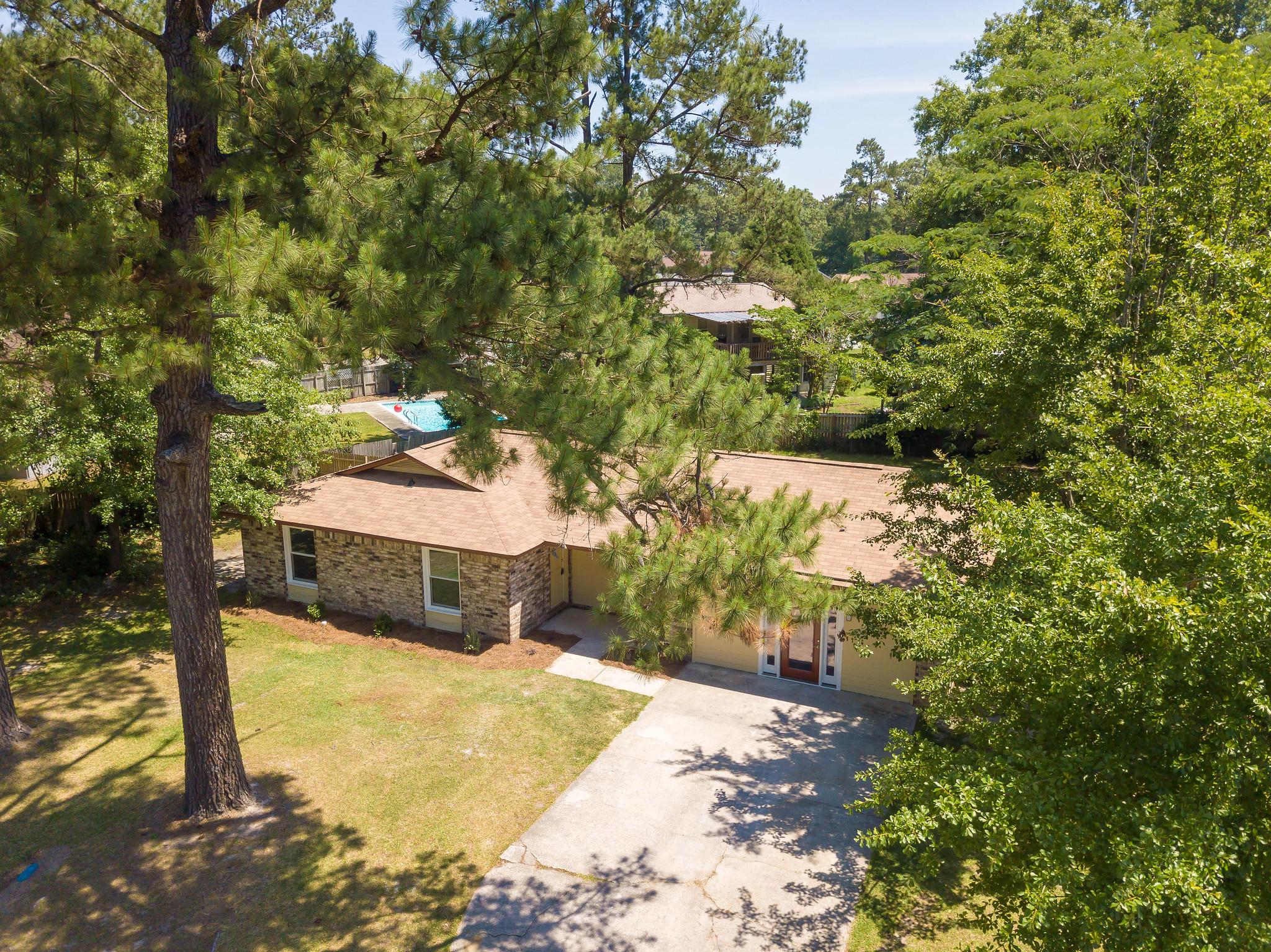 111 Logan Drive Summerville, SC 29483