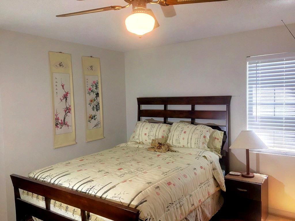 Hibben Ferry Homes For Sale - 1054 Anna Knapp Blvd., Mount Pleasant, SC - 4