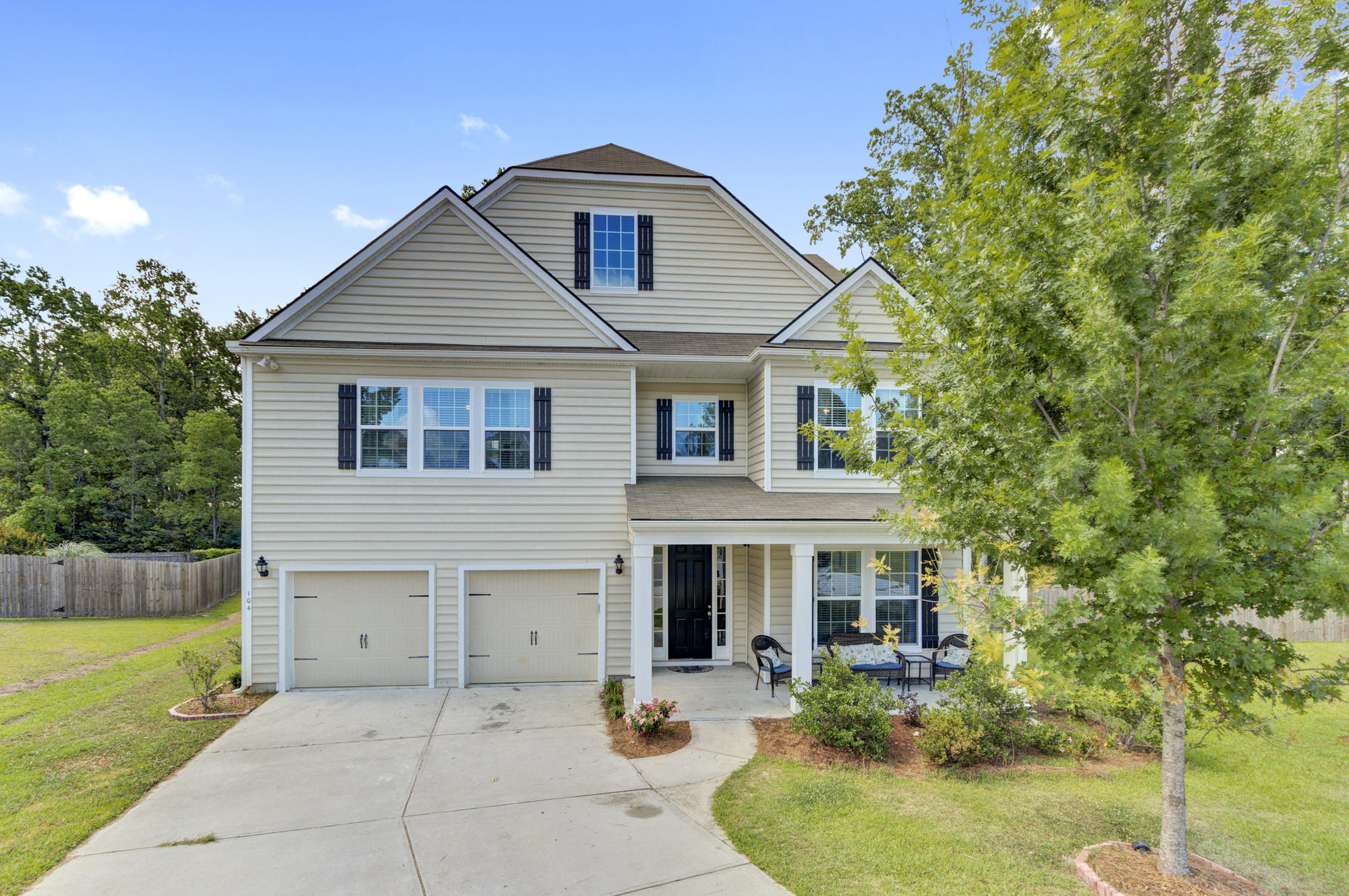 104 Carya Court Summerville, SC 29483