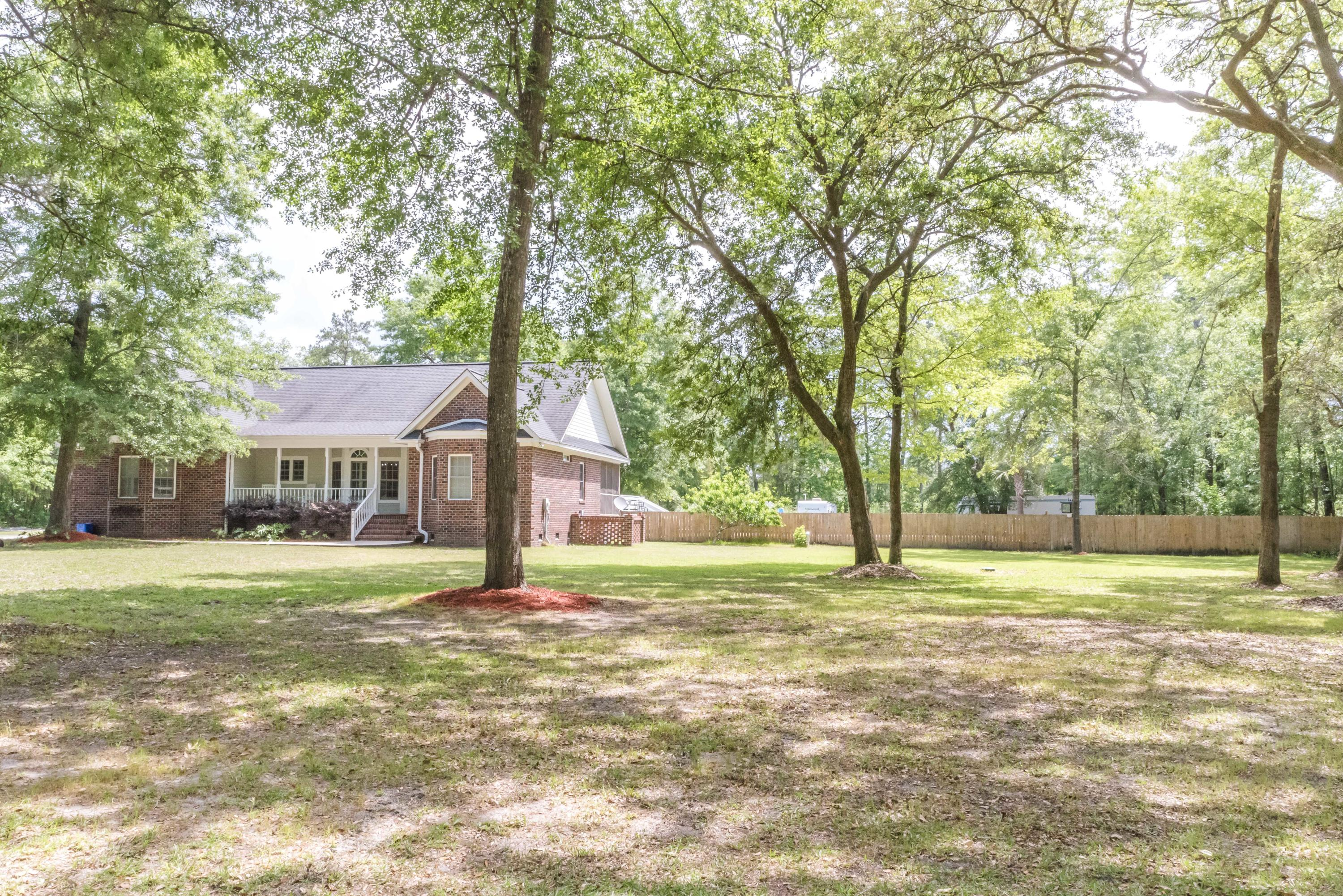 6014 Lachance Lane Ravenel, SC 29470